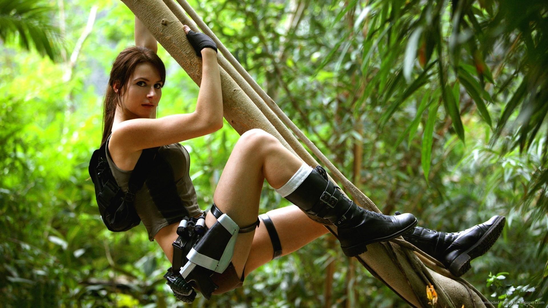 Sexy Camilla Luddington HD Wallpaper picture