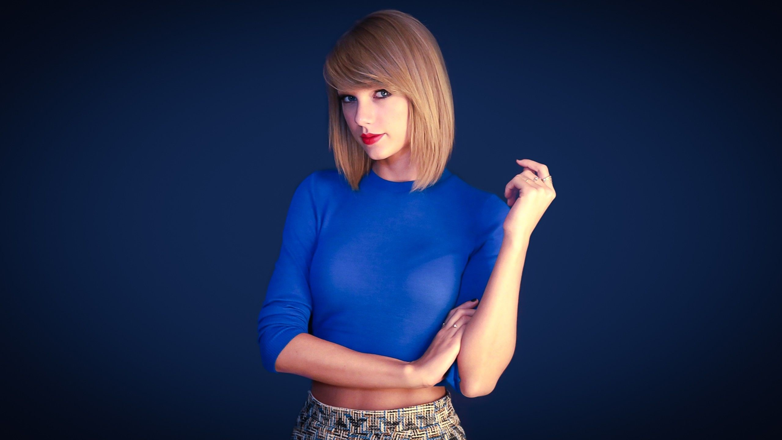 Pictures Of Taylor Swift Phone. Taylor Swift Phone Wallpaper by Maximilien  Lared, GoldWallpapers.com. 0.149 MB