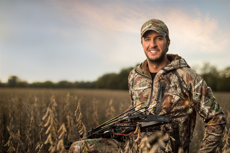 Luke Bryan Bow Hunting