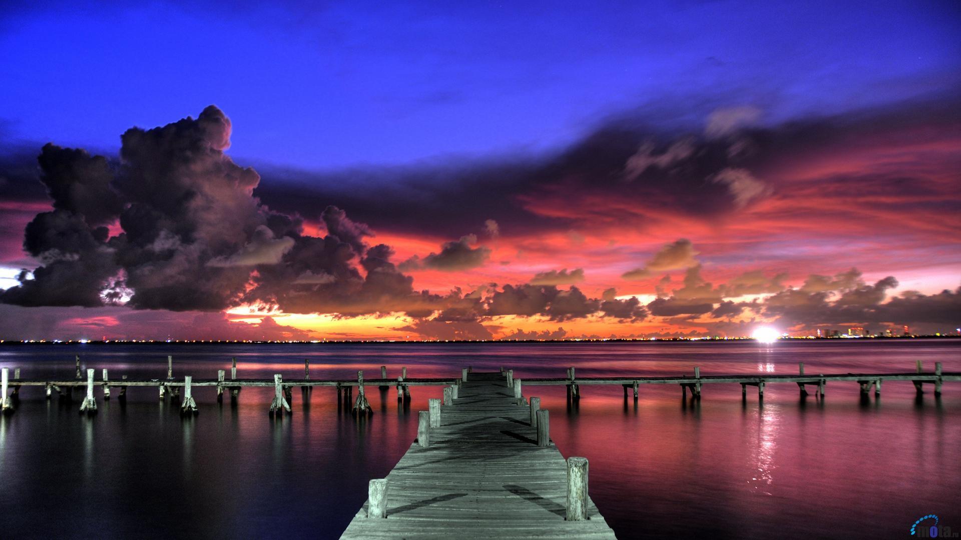 Wallpaper Bright tropical sunset (1920 x 1080 HDTV 1080p). Desktop .