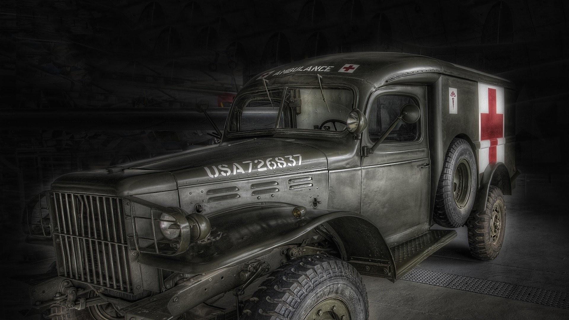 medical truck war vintage