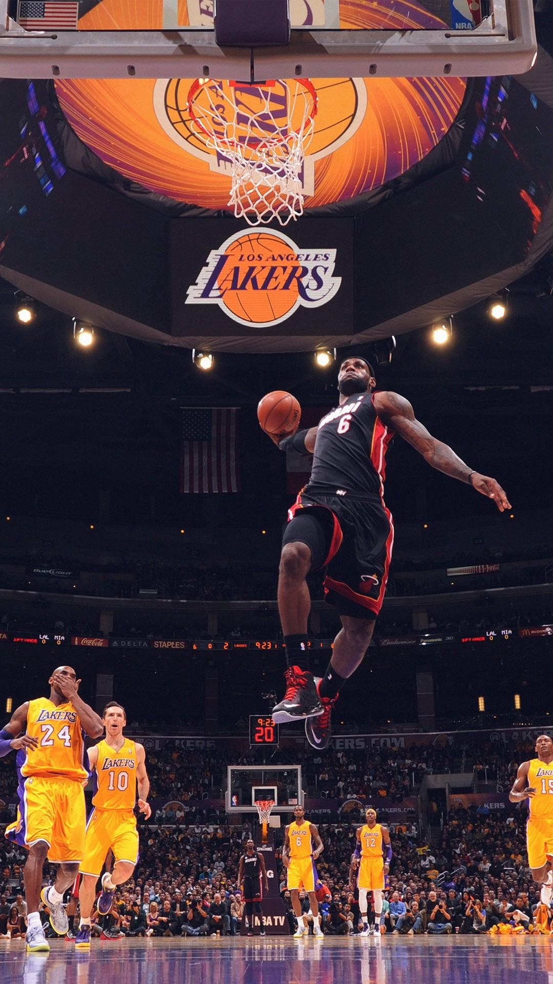 Lebron James NBA Basketball Dunk iPhone 6 wallpaper