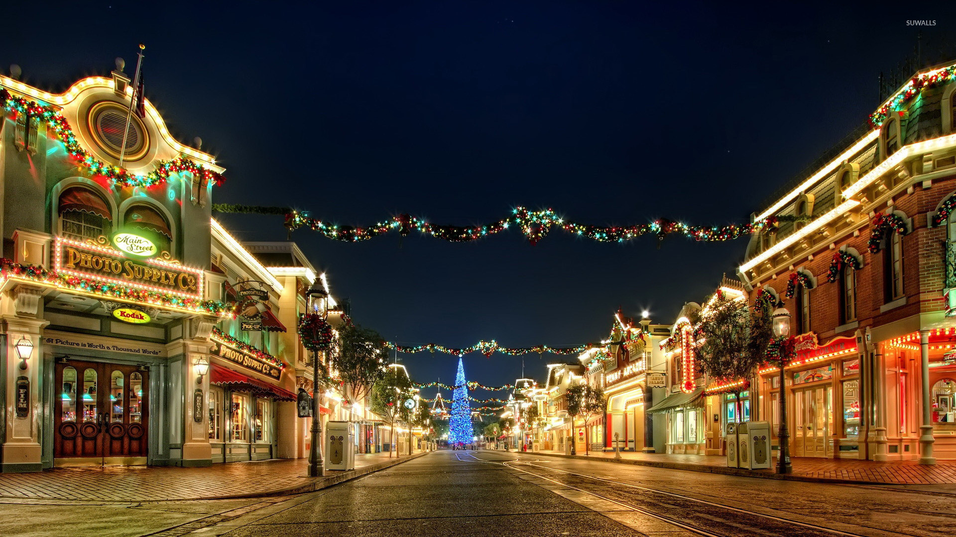 Christmas decorations in the city wallpaper jpg