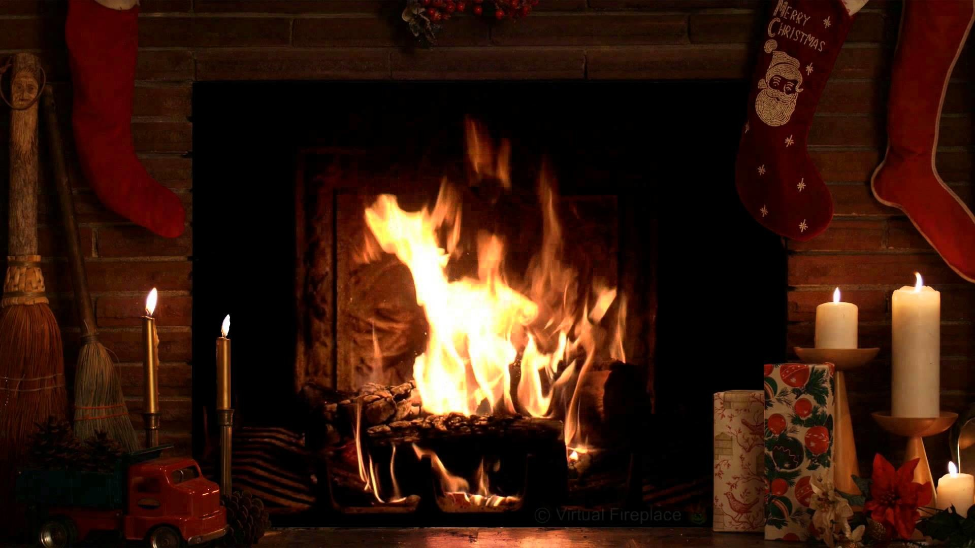 4 Hours Christmas Yule Log Fireplace with Crackling Fire Sounds (HD) –  YouTube