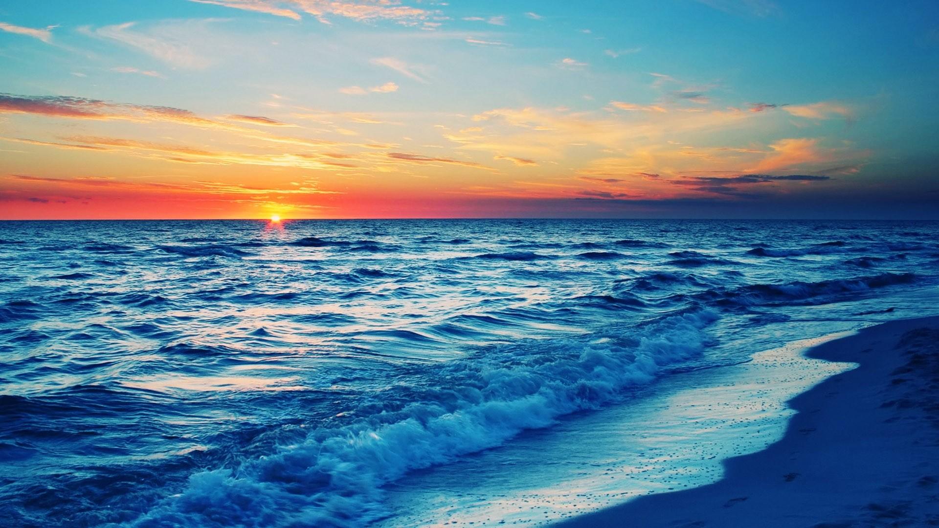 Download Wallpaper Sea, Waves, City, Night, Beach, Moon .