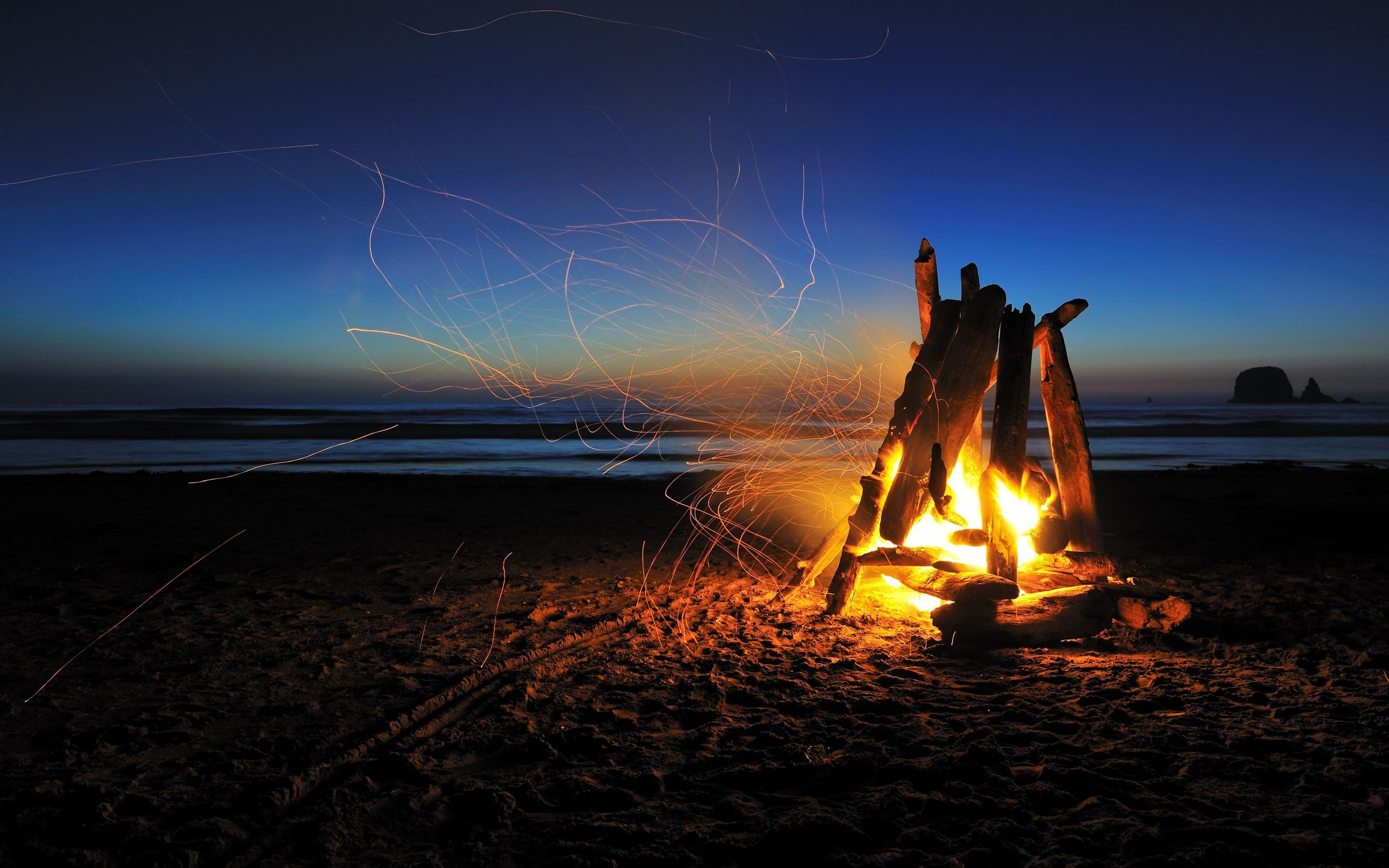 wallpaper.wiki-Beach-At-Night-HD-Images-PIC-