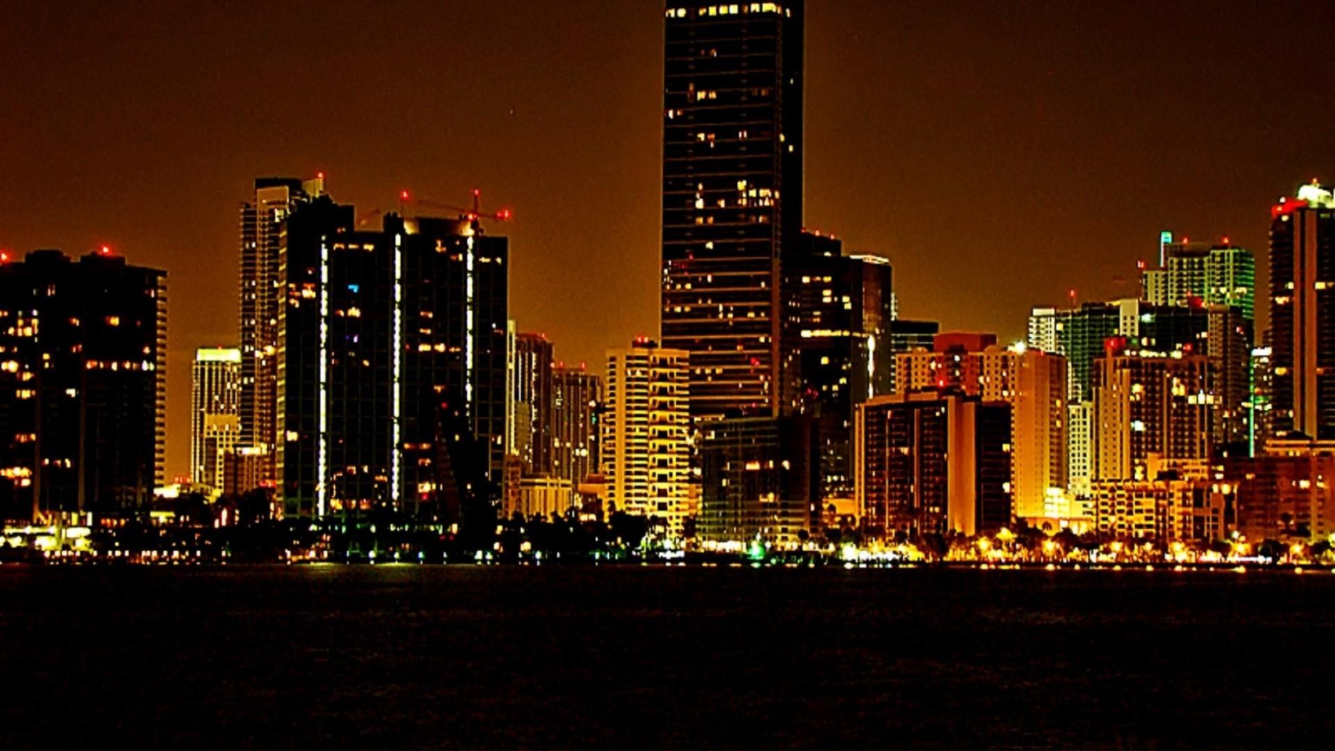 Miami Beach Night HD wallpaper