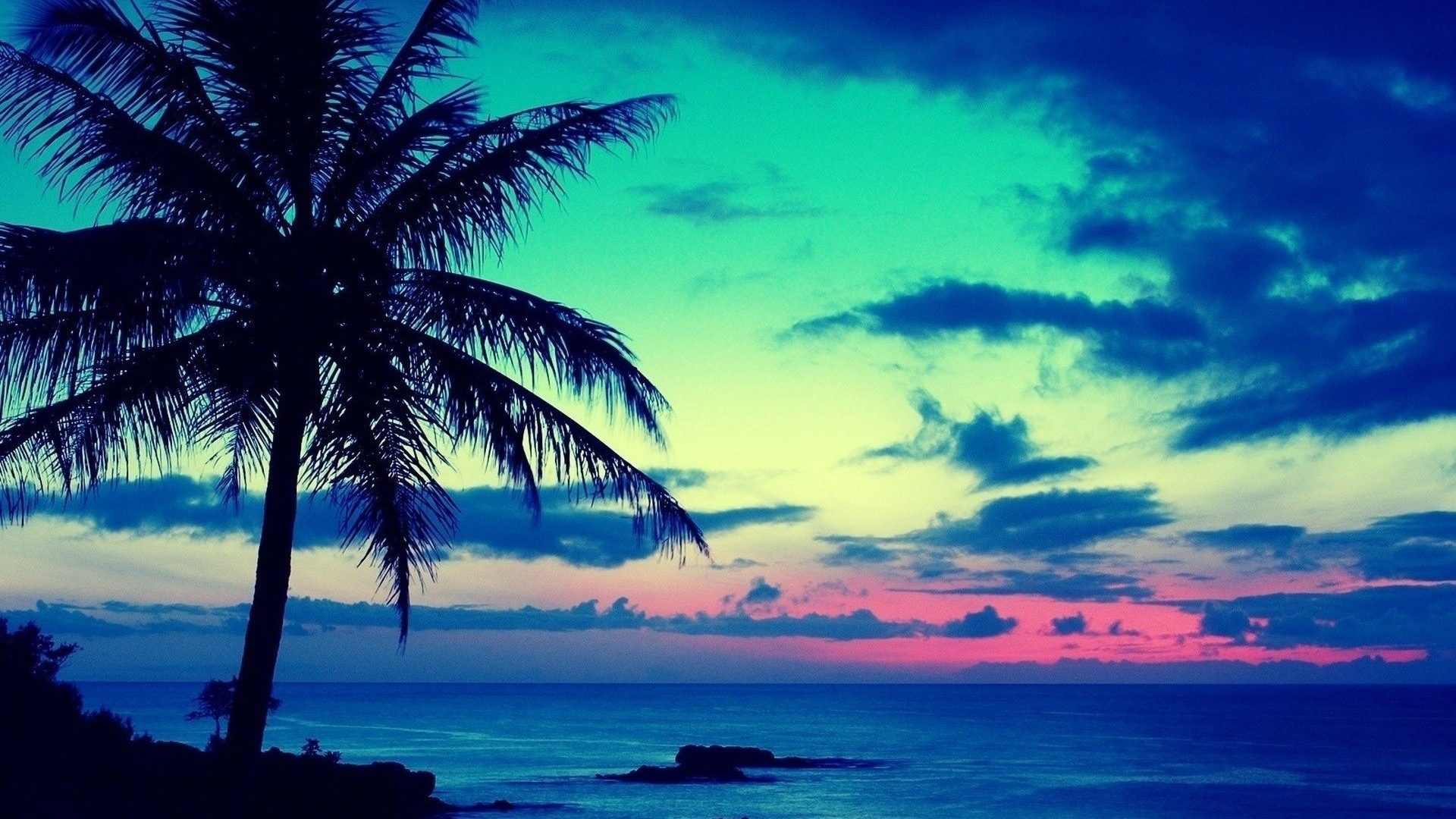 Blue Sun Ocean Rise Nature Beauty Sunrise Beach Live Wallpaper Windows 7 –  1920×1200