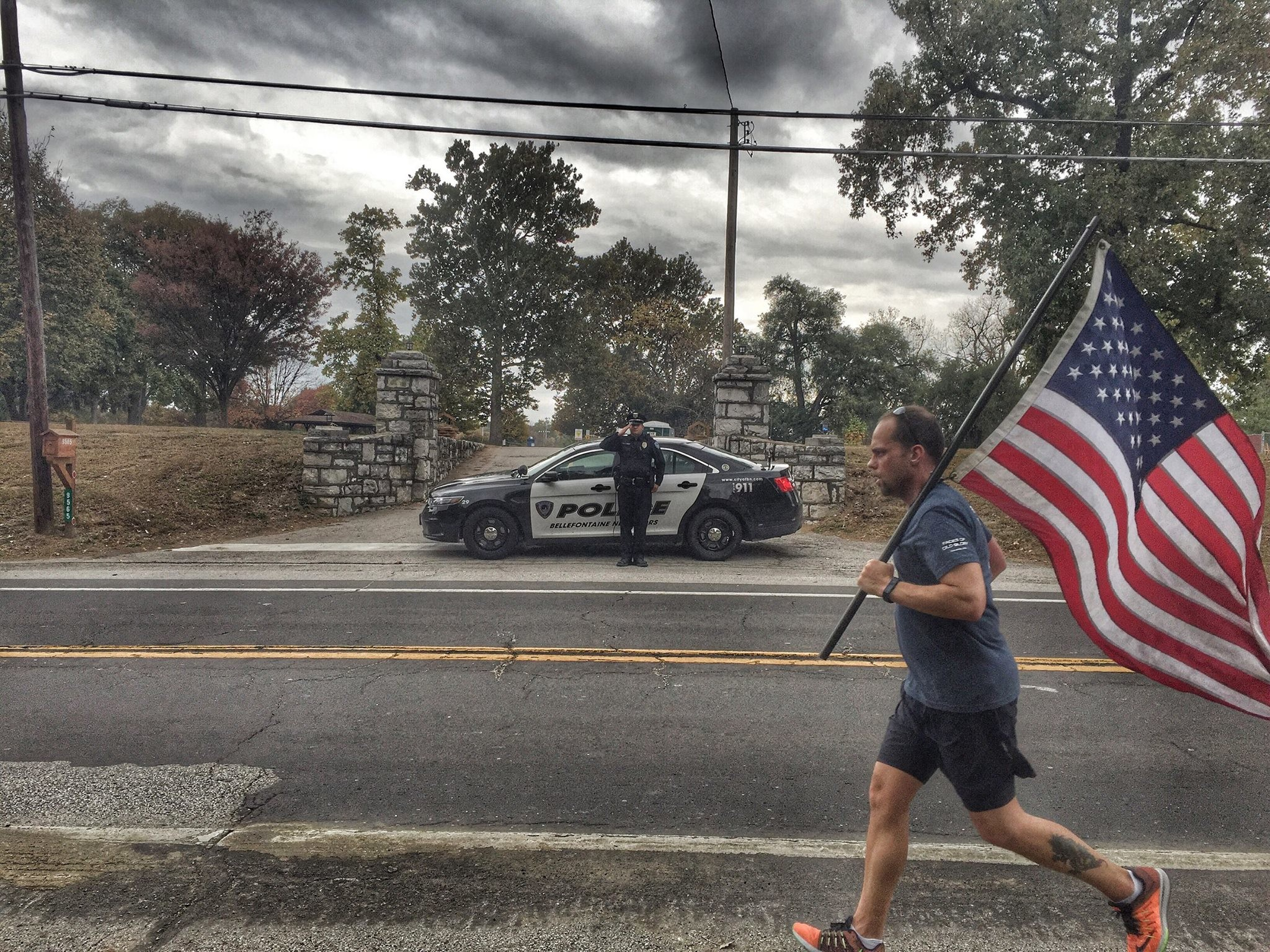 Slideshow: SLIDESHOW: Participants in 'Old Glory Run' carry U.S. flag on  3,540-mile journey