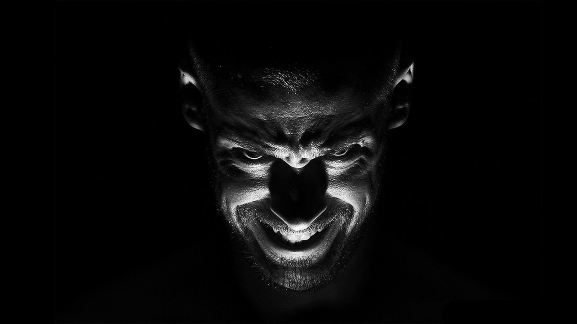 Black and White Demon Portrait – Photography Wallpapers on Inspirationde