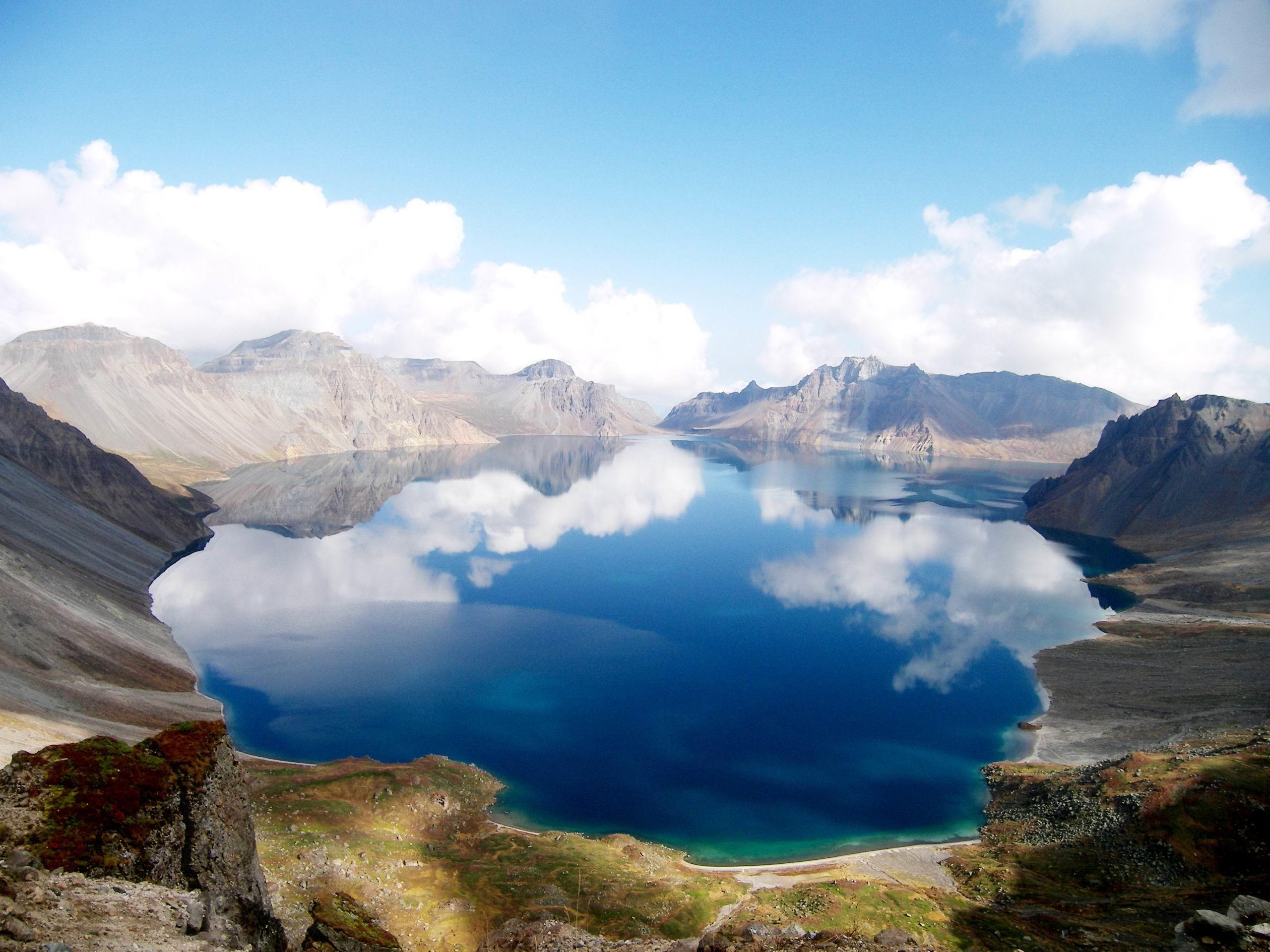 wallpaper.wiki-Free-Crater-Lake-Image-PIC-WPB0011692