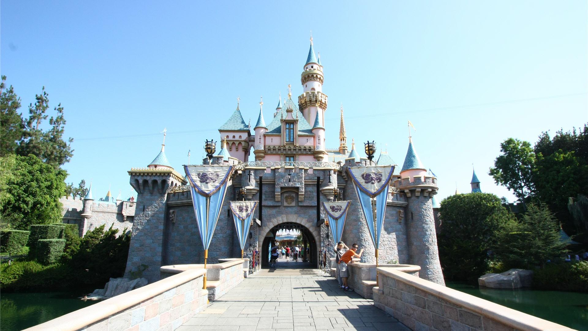 Disney Castle Backgrounds – Wallpaper Cave