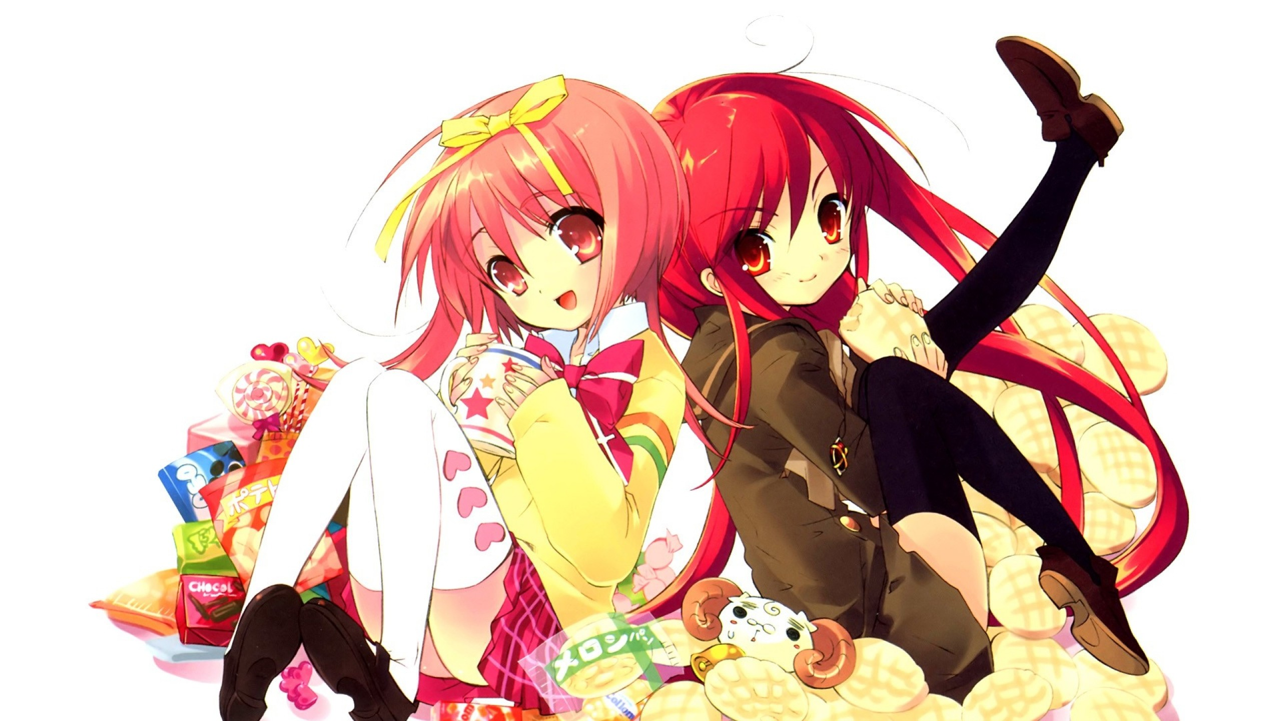 Preview wallpaper girls, sweetness, potato chips, packages, appetite, fun  2560×1440