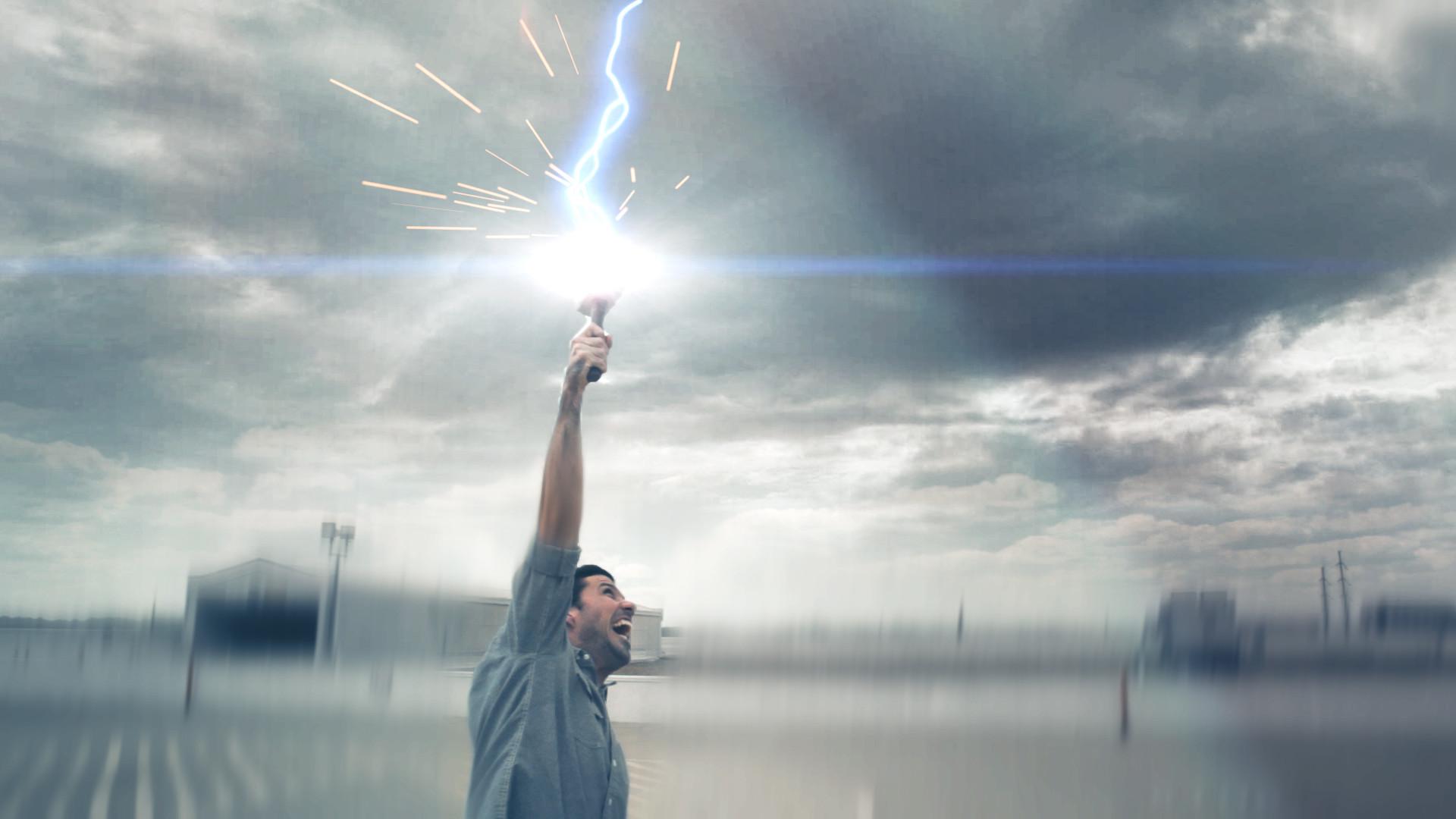 QuickTip #110: Thor's Hammer Lightning Effect