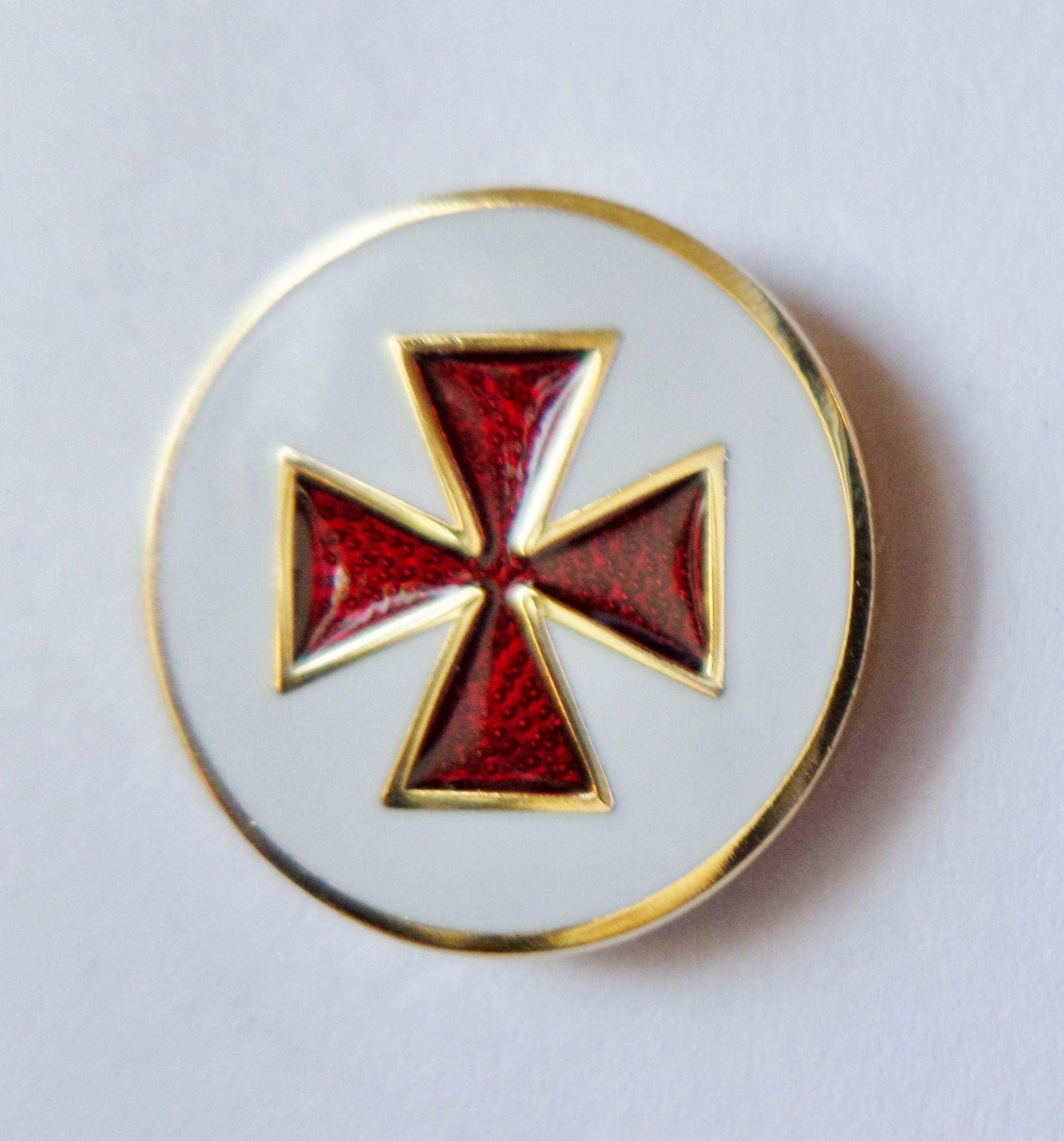 Knights Templar Cross Patt̩e Round Masonic Pin Badge РK032