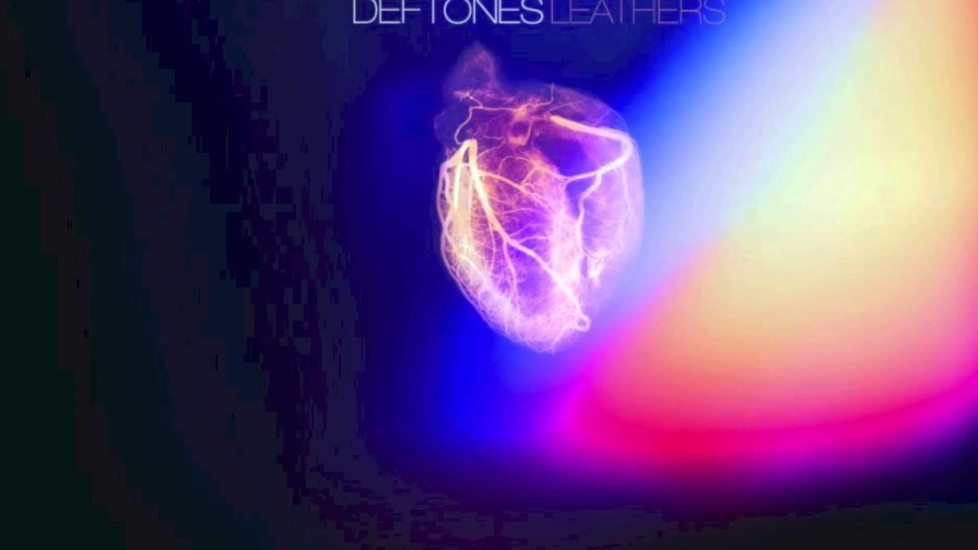 Deftones -Leather