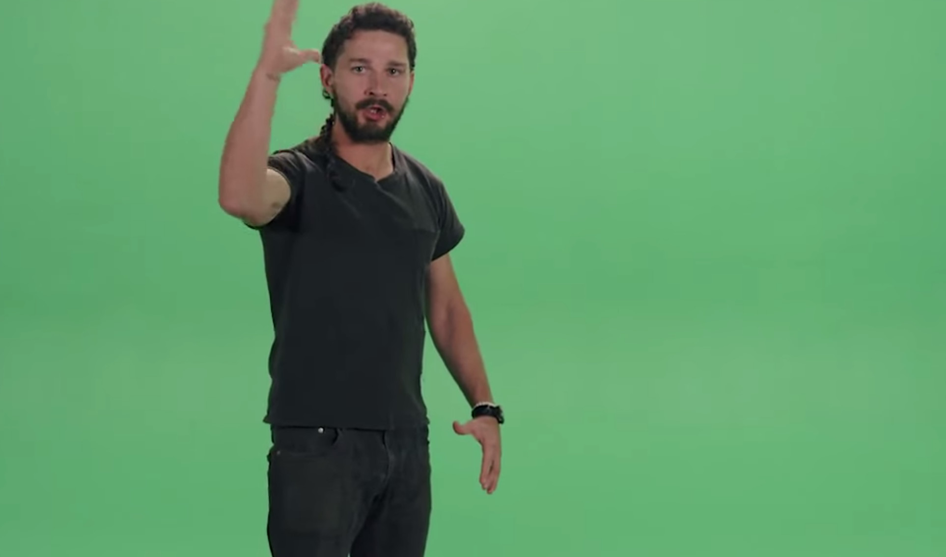 Shia LaBeouf ask you to move your ass : « Do it! »