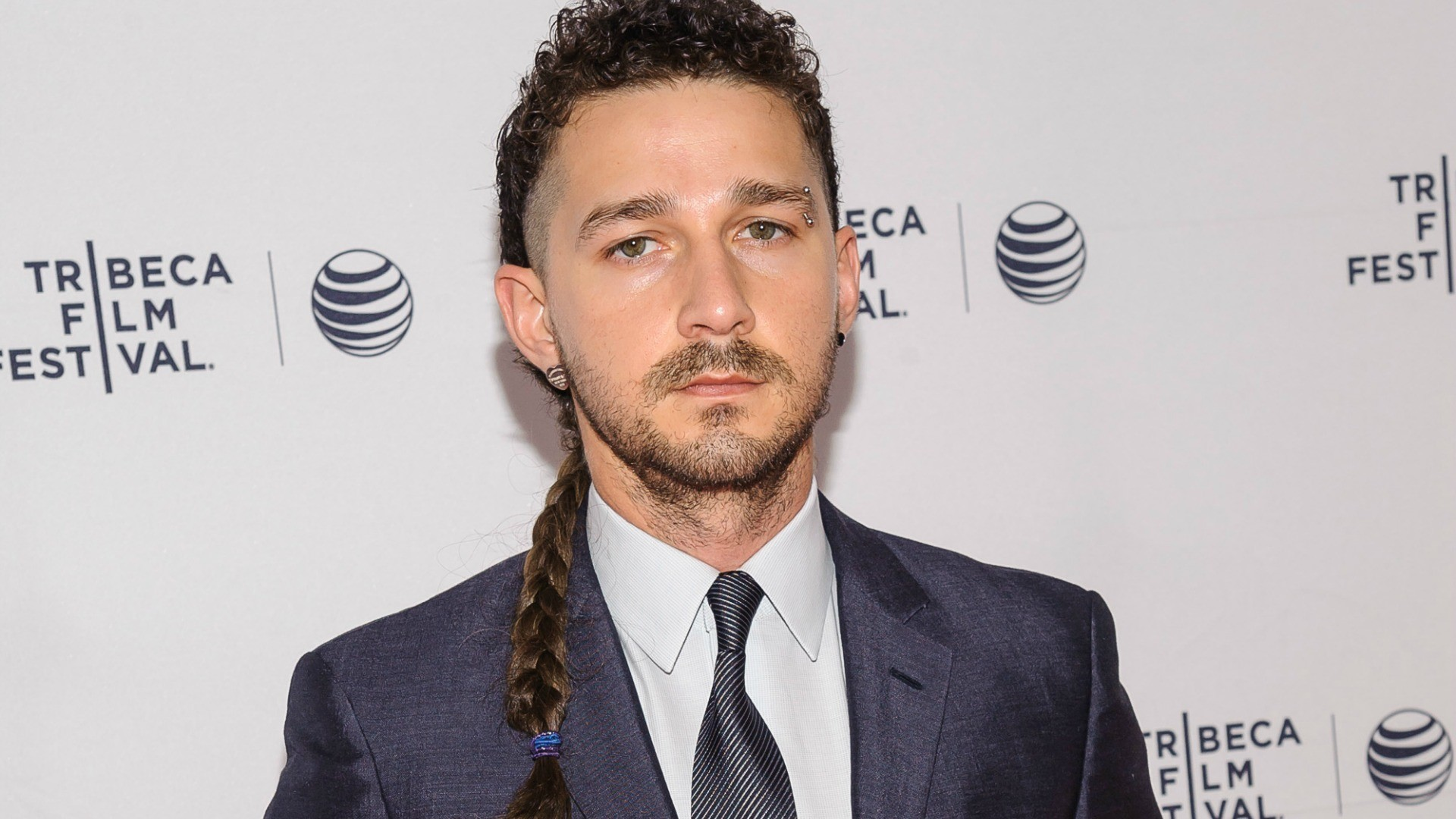Shia LaBeouf caught on video freestyle rapping, and it's just weird (VIDEO)