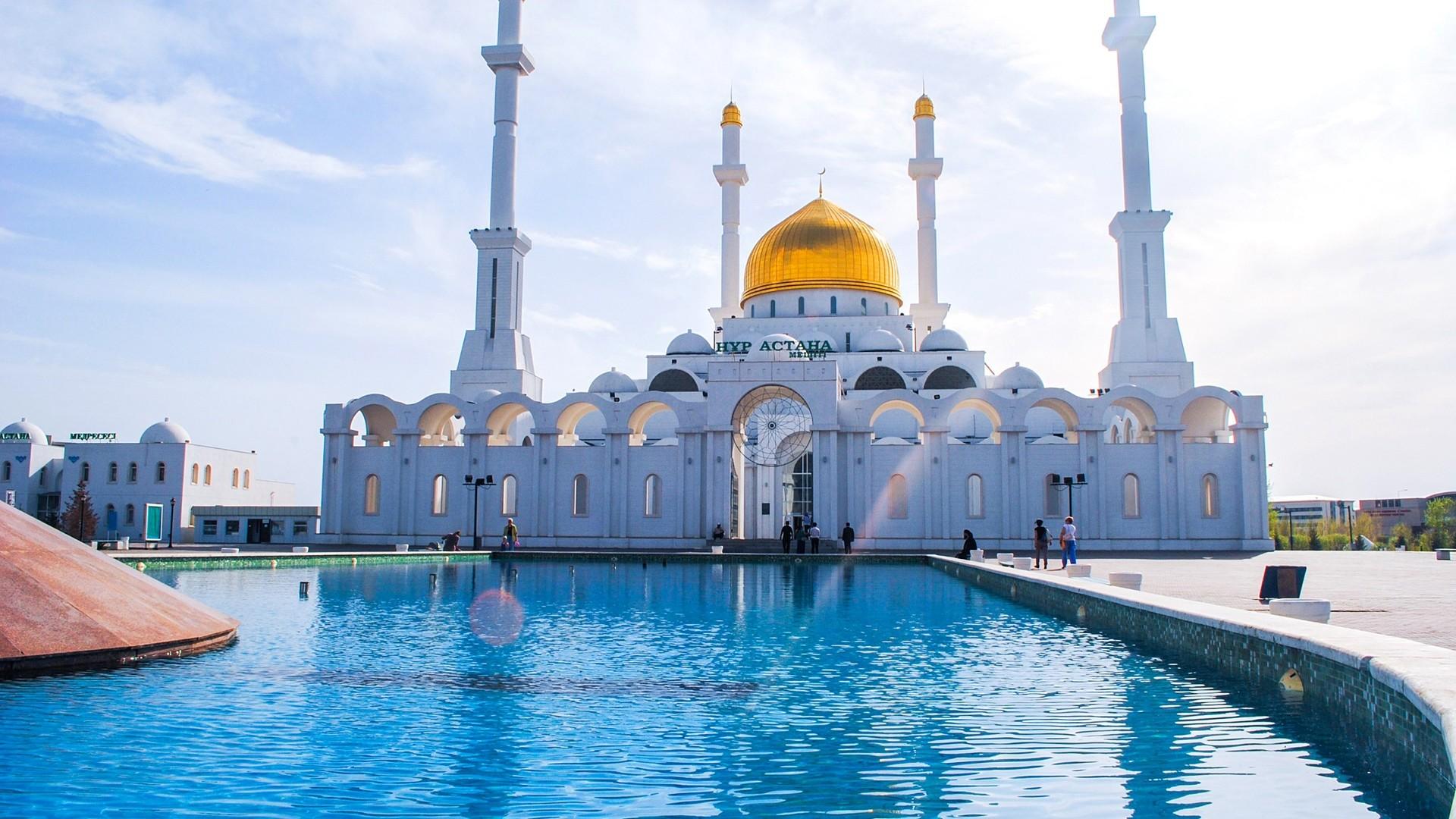 Preview wallpaper astana, mosque, minaret, kazakhstan 1920×1080