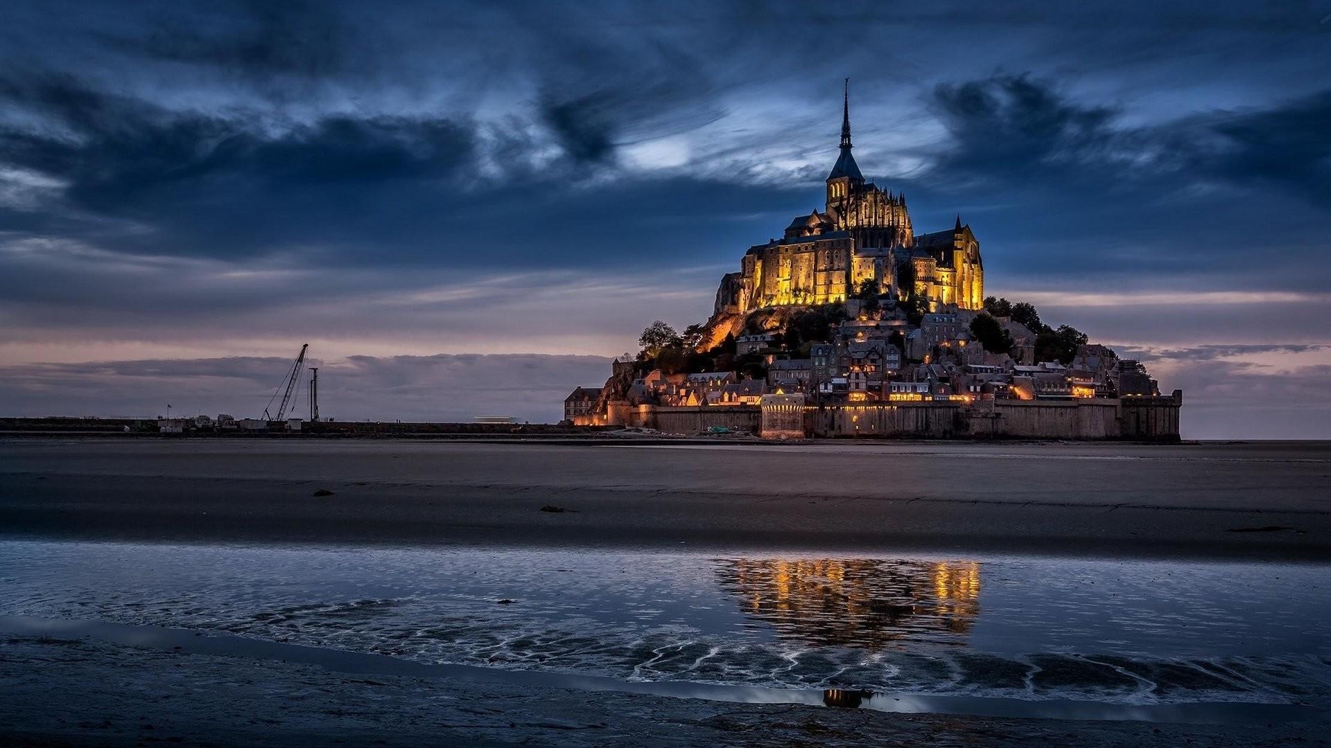 Religious – Mont Saint-Michel Wallpaper