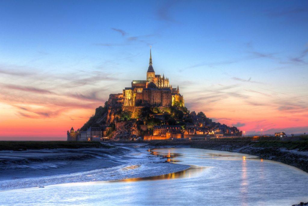 mont -saint-michel mont saint michael fortress prisma sky france