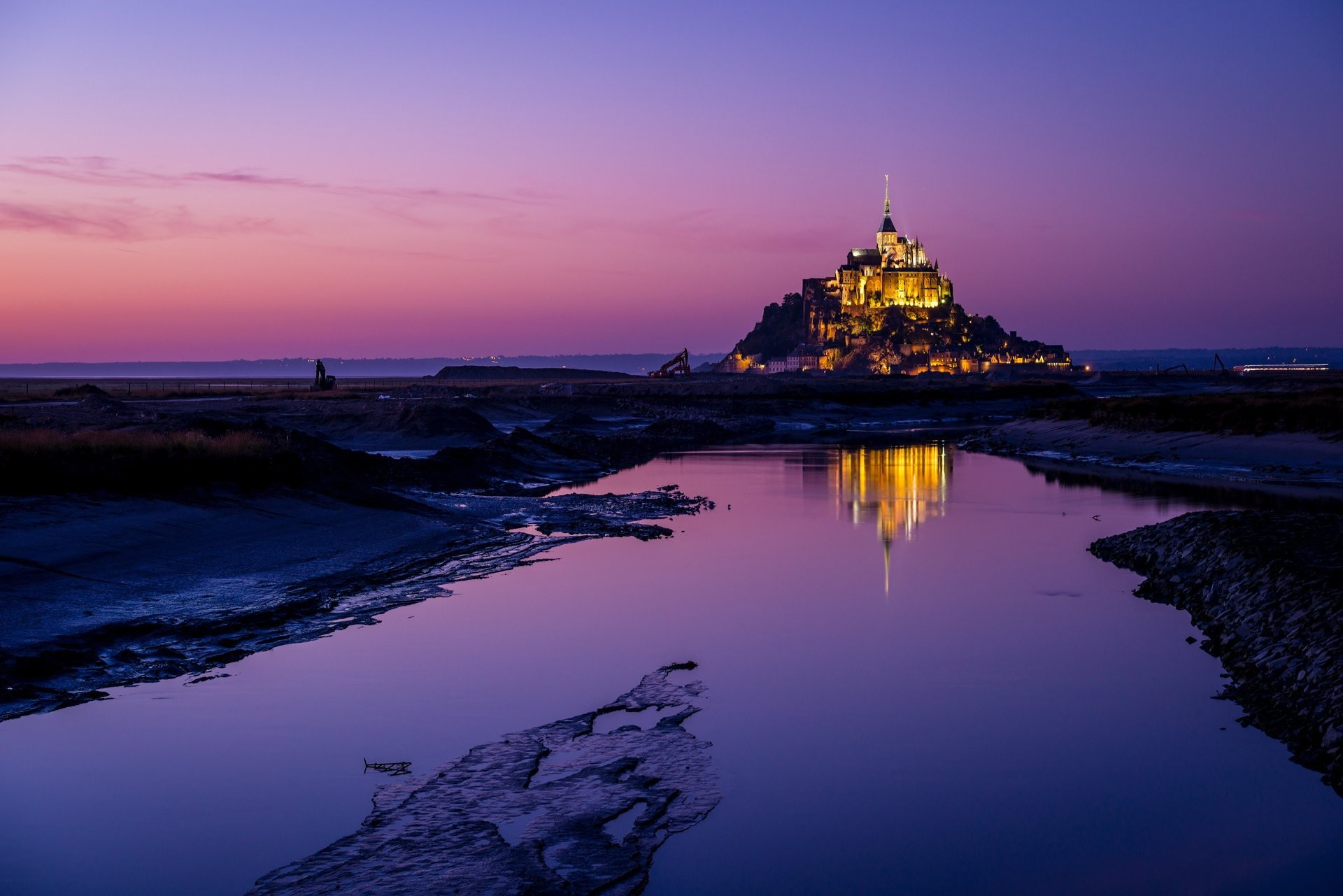 france island fortress mont -saint-michel mont saint-michel mount michael  the archangel