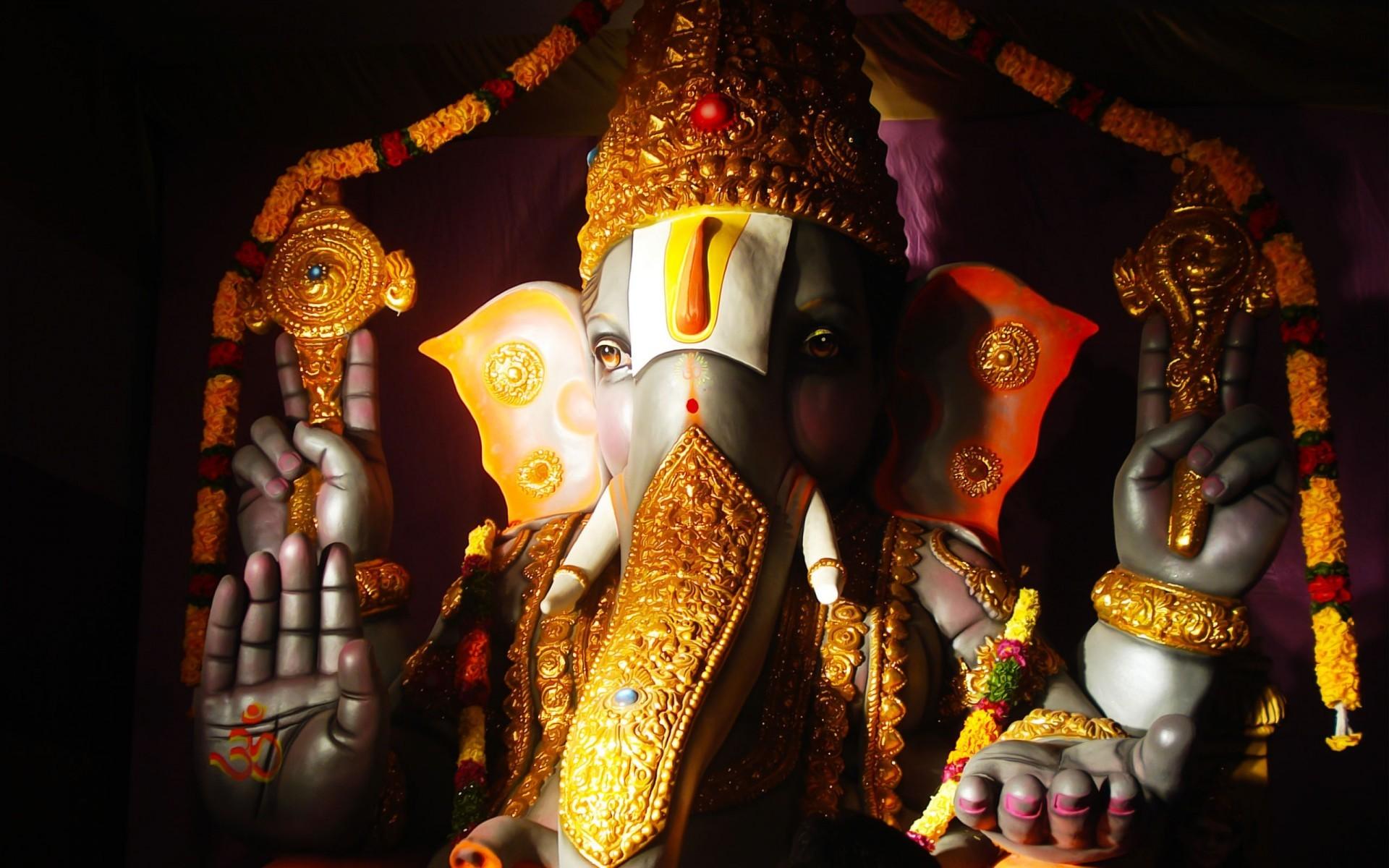 Celebrations / Lord Ganesha Wallpaper
