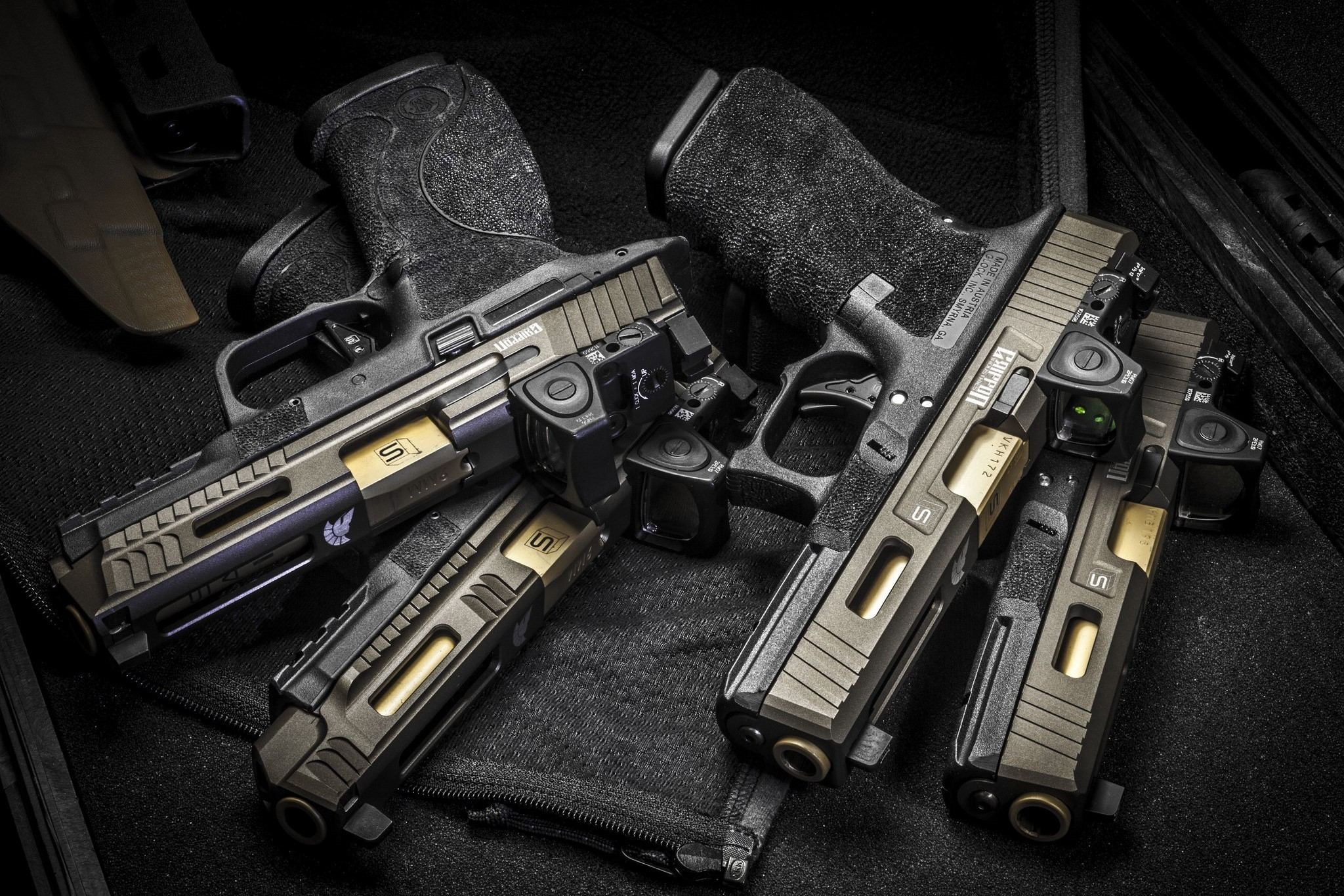 Glock, sai griffon, guns, weapons wallpapers (photos, pictures)