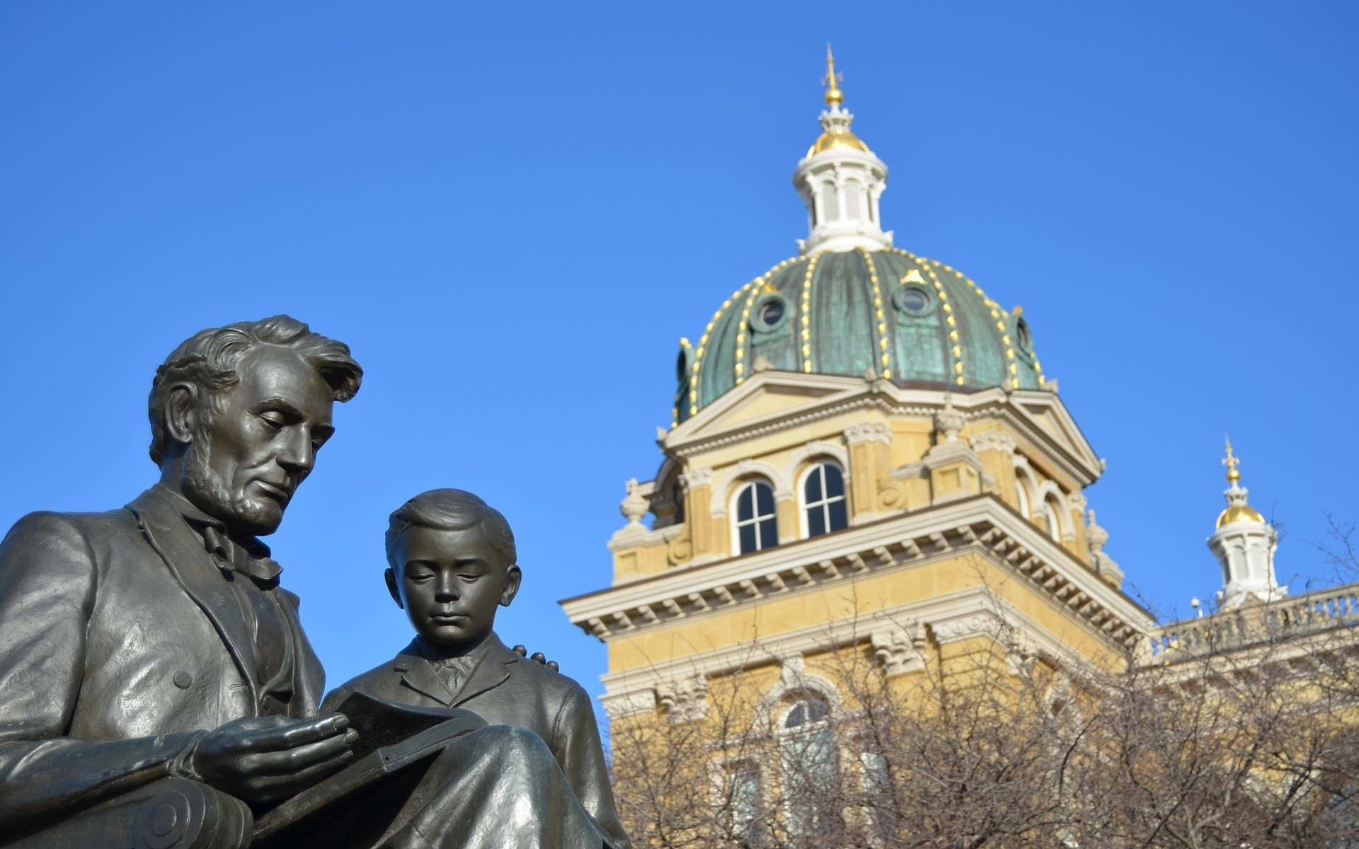 free download pictures of iowa state capitol