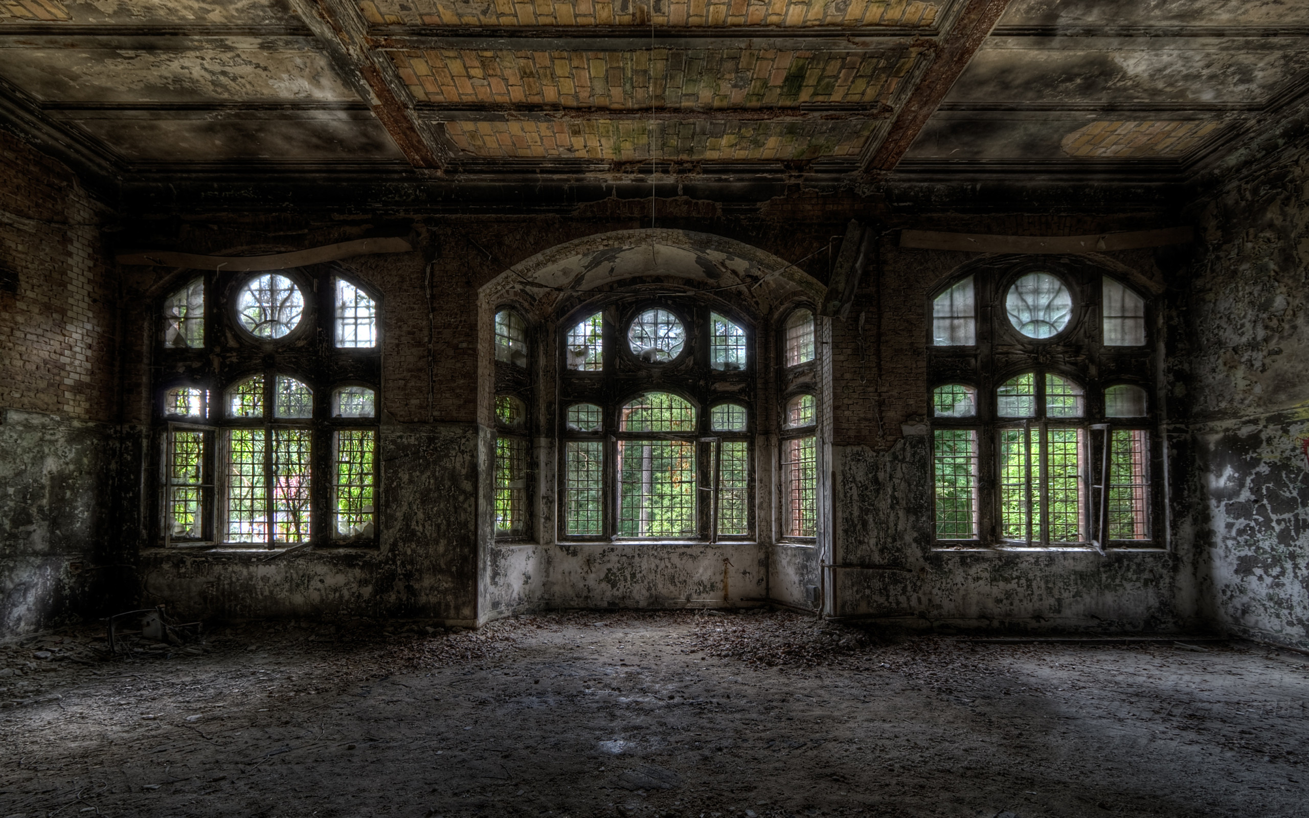 Inside Old Abandoned Mansions   … Download Wallpapers Mansi N Old House  Windows The