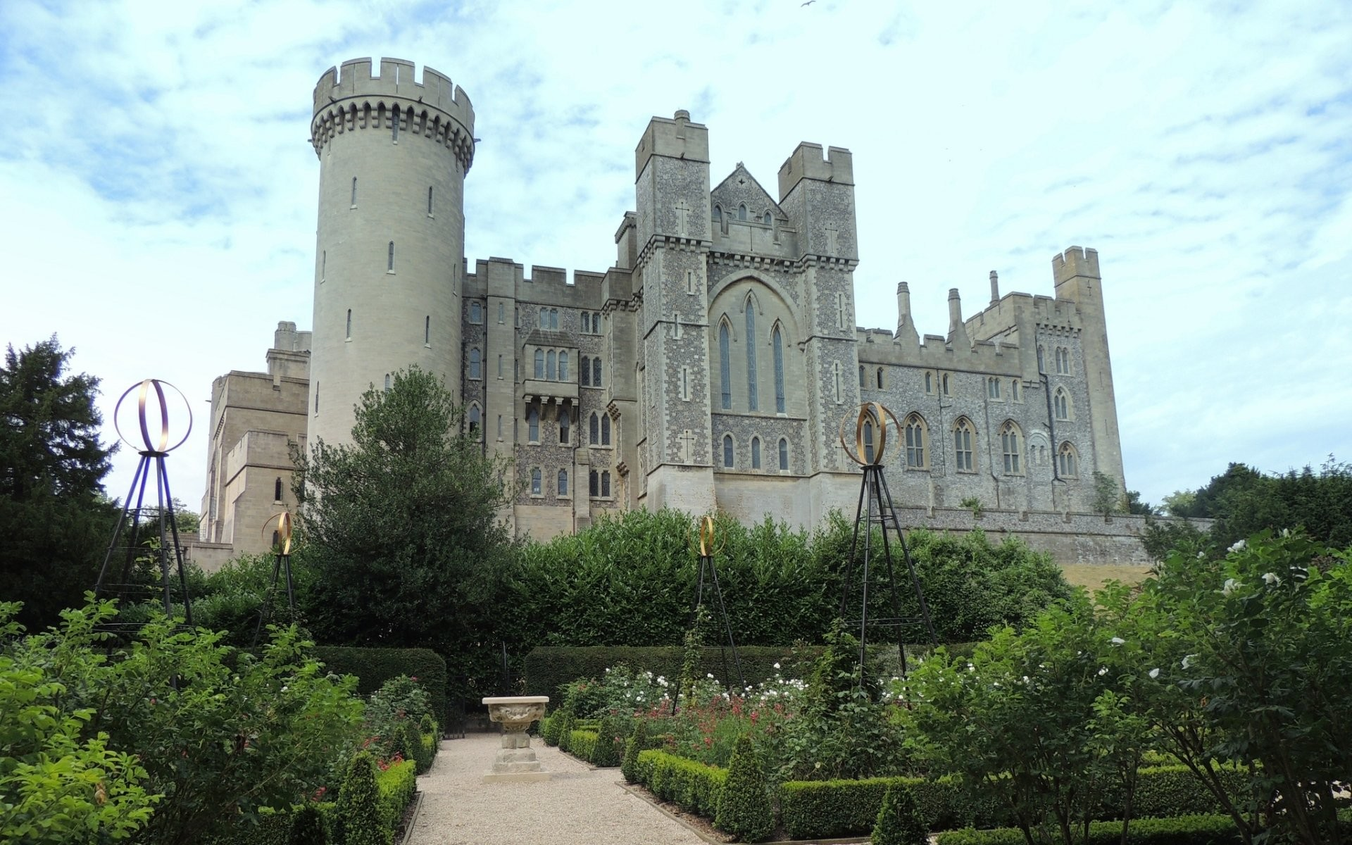 Explore More Wallpapers in the Arundel Castle Subcategory!