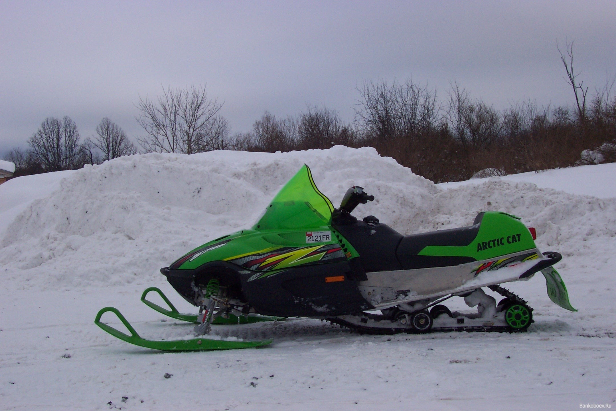 High Quality snowmobile