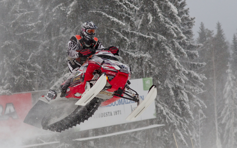 Snowmobile Wallpaper Background 16491