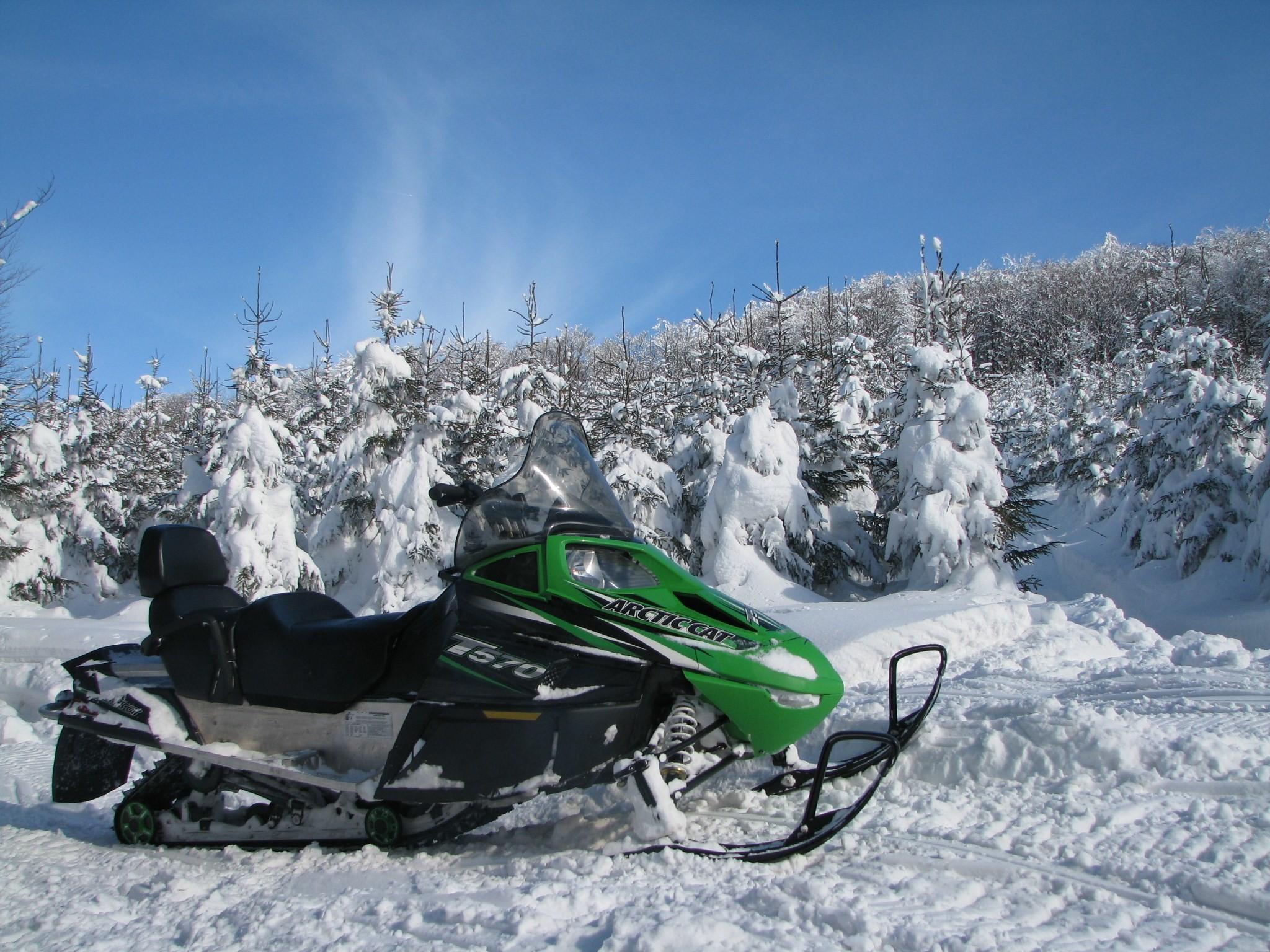 HD Widescreen snowmobile wallpaper – snowmobile category