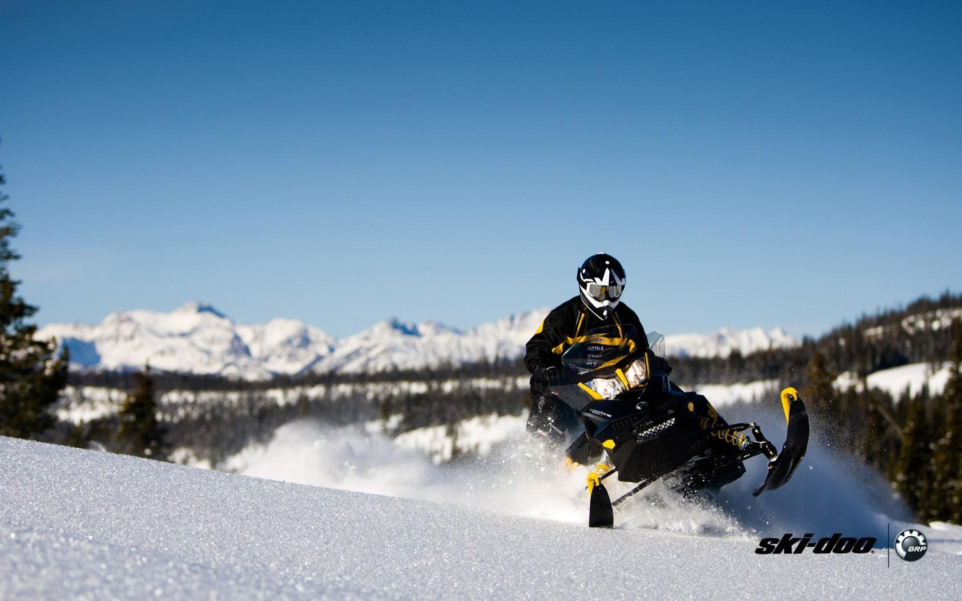 ski-doo skidoo renegade adrenaline snowmobile snowmobiles brp snow snow  forest sports sport