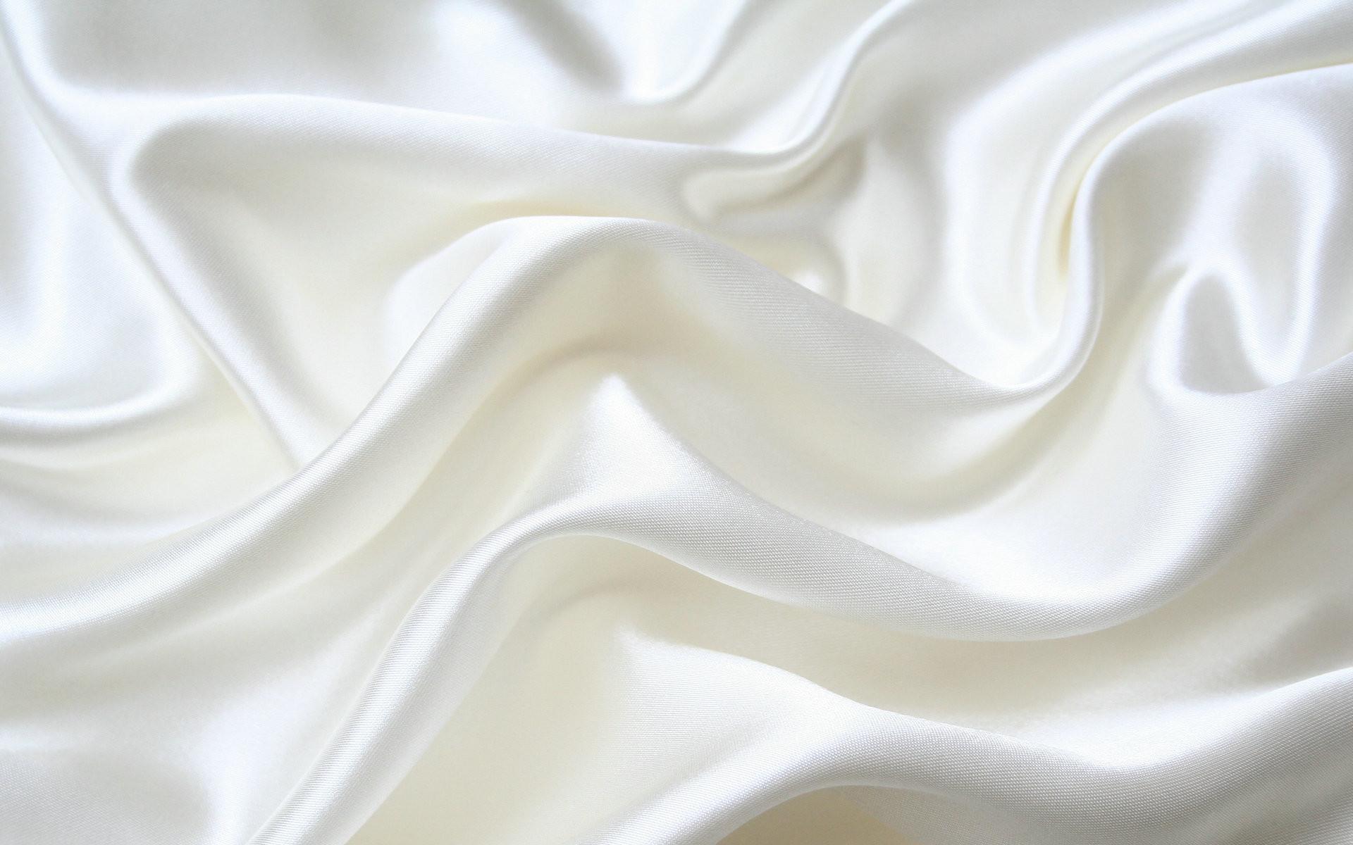 Free Silk Wallpaper
