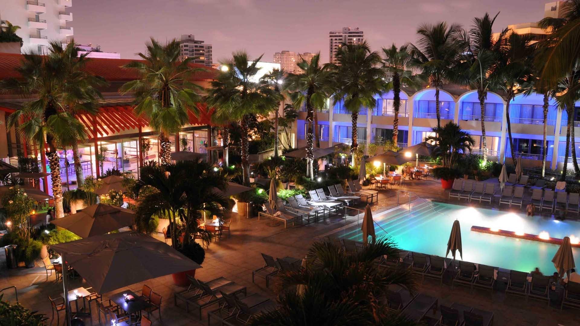 Hotel La Concha Puerto Rico Wallpaper