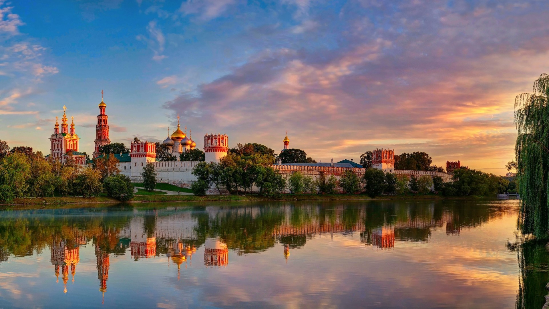 Preview wallpaper moscow, novodevichy convent mother of god of smolensk,  summer 1920×1080