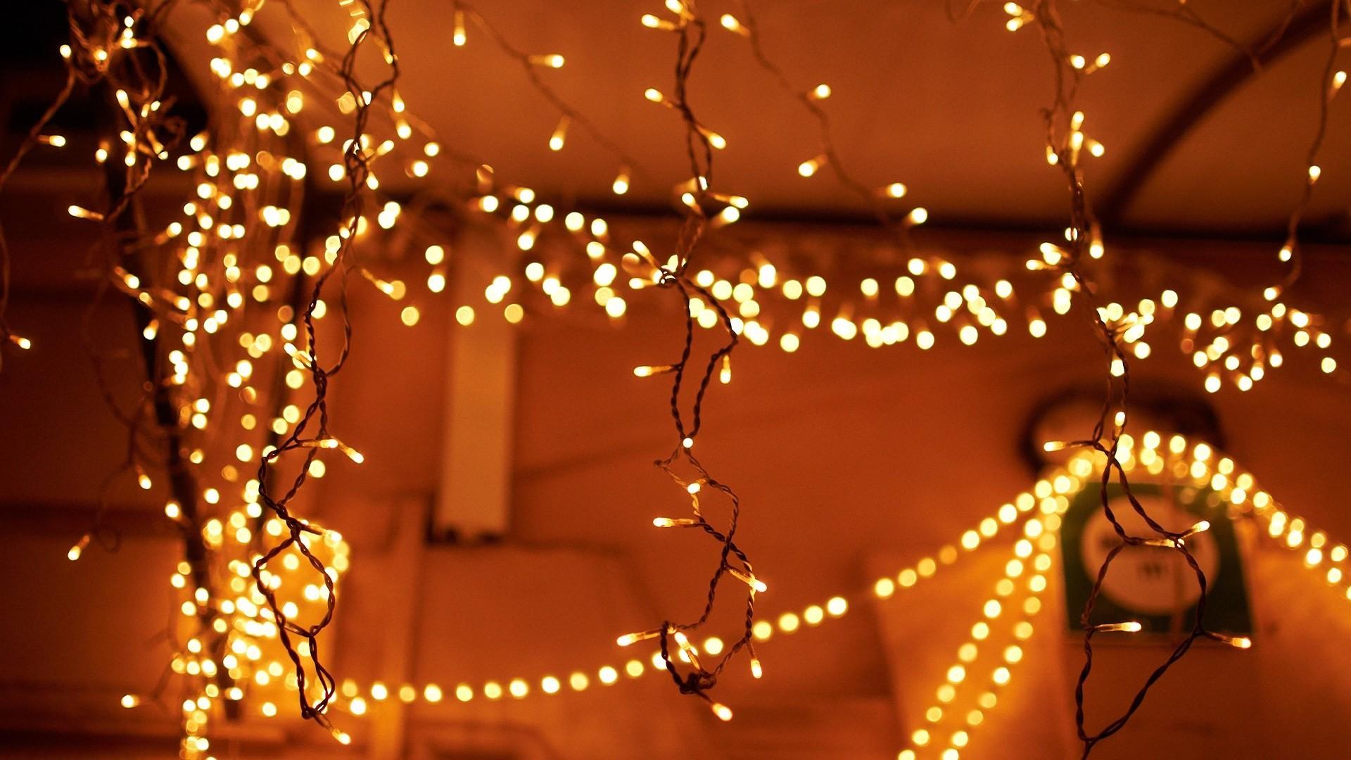 Christmas lights hd wallpaper.