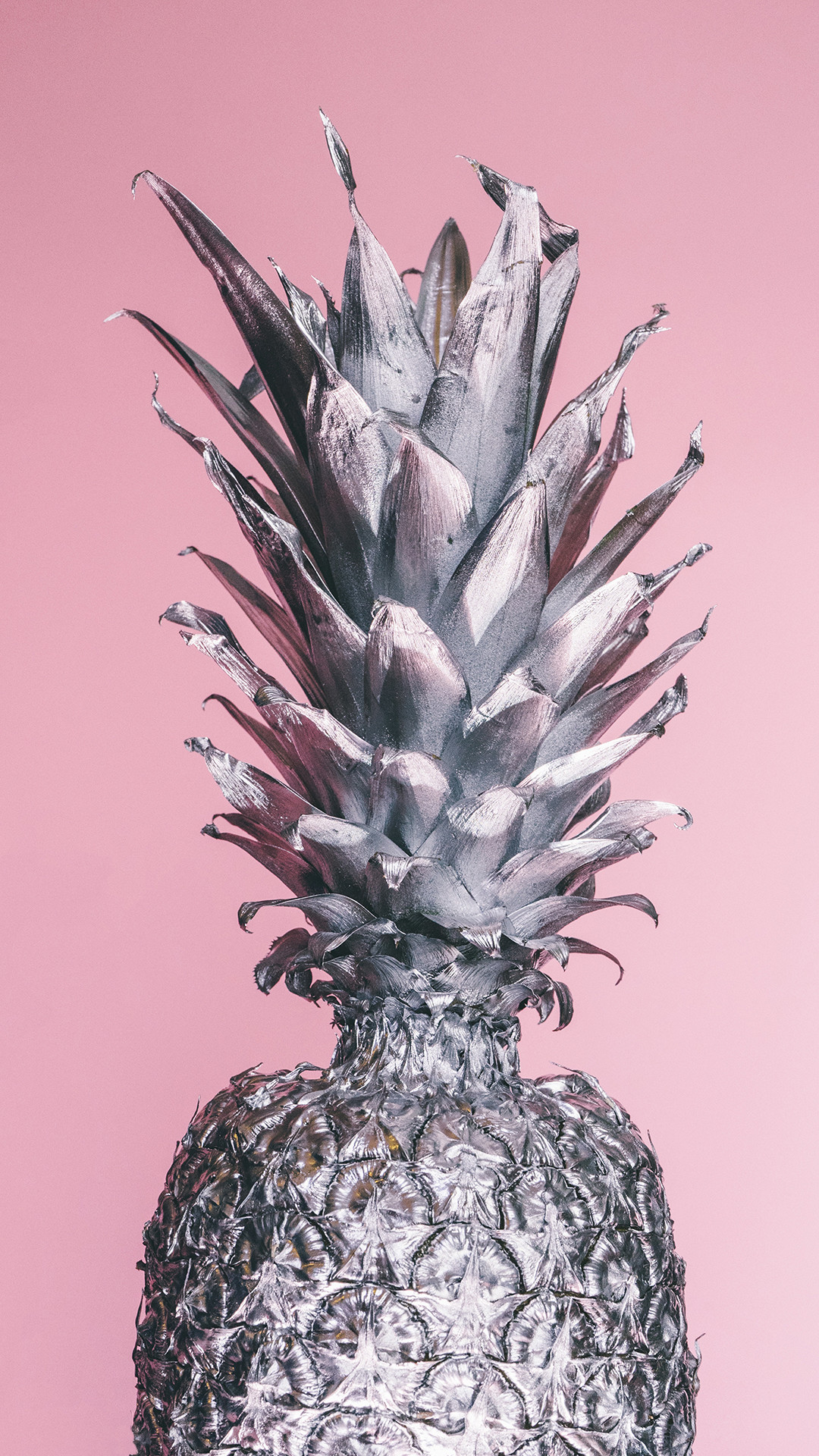 Download this cool pineapple wallpaper