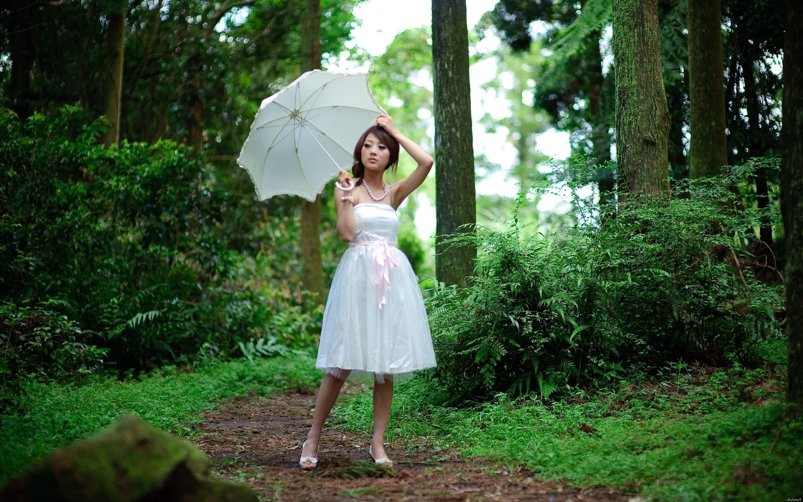 Asian, Women, Women Outdoors, White Dress, Umbrella Wallpapers HD / Desktop  and Mobile Backgrounds