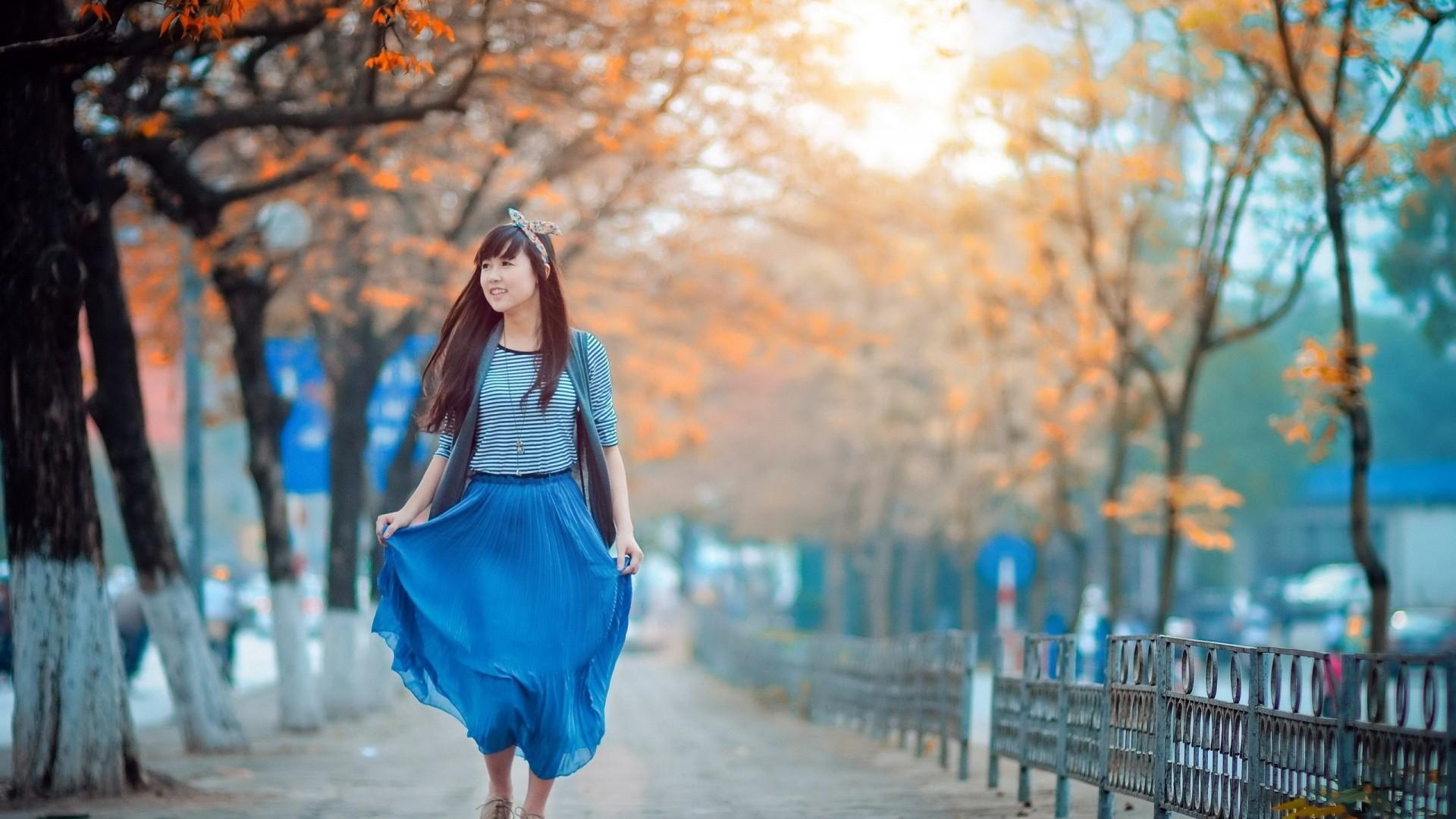 Wallpaper asian, girl, skirt, walk, city