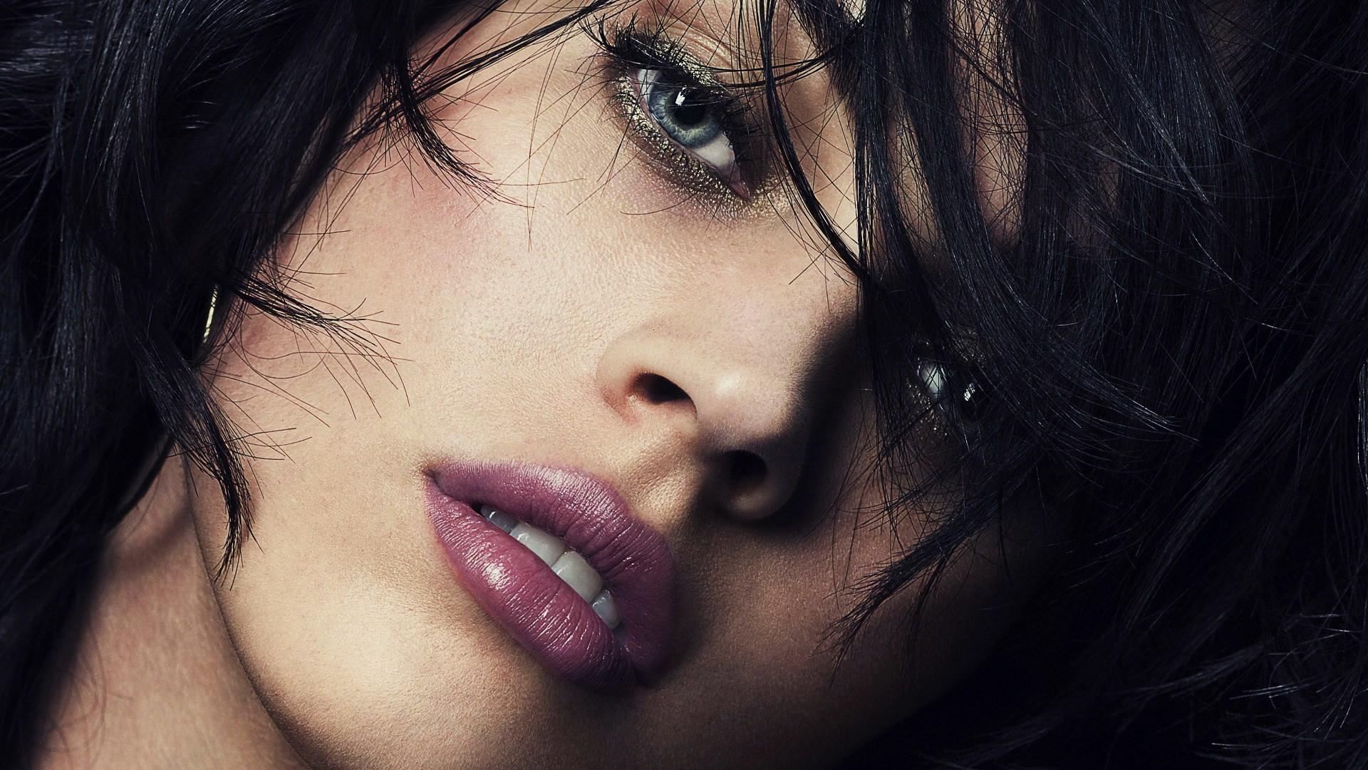 Sensavie Salon – Montreal – Hair Extensions, Eyelash Extensions and  Permanent Makeup