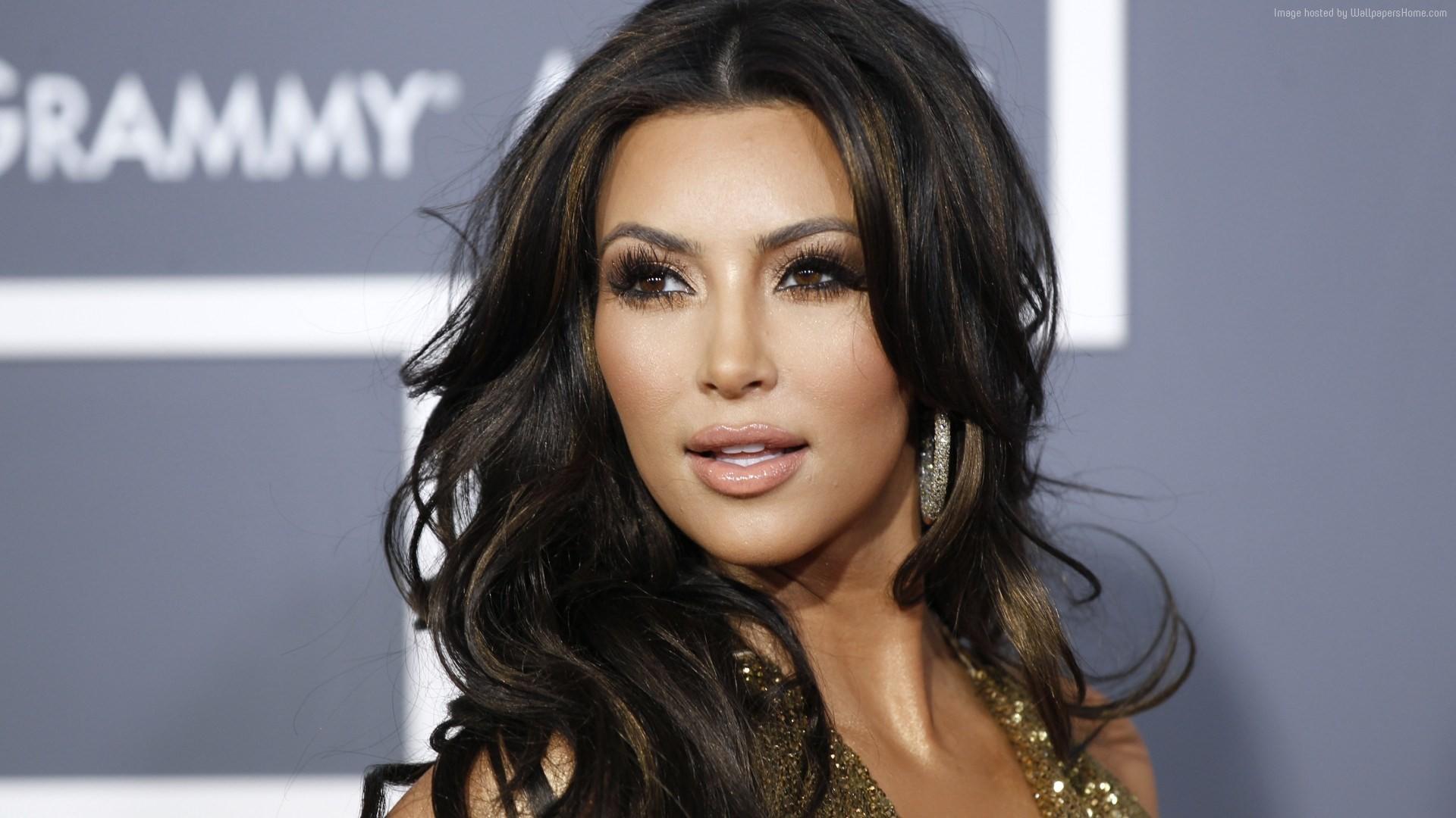 Bollywood wants its stars to look like Pitt, Kardashian: Celebrity  hairstylist