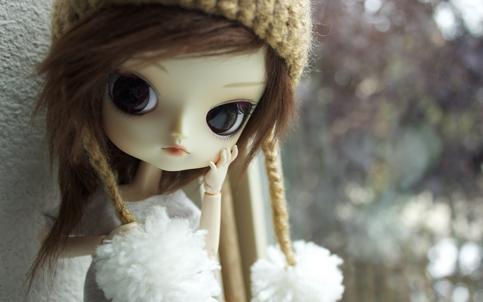 Stylish and modern doll cute looks wallpapers