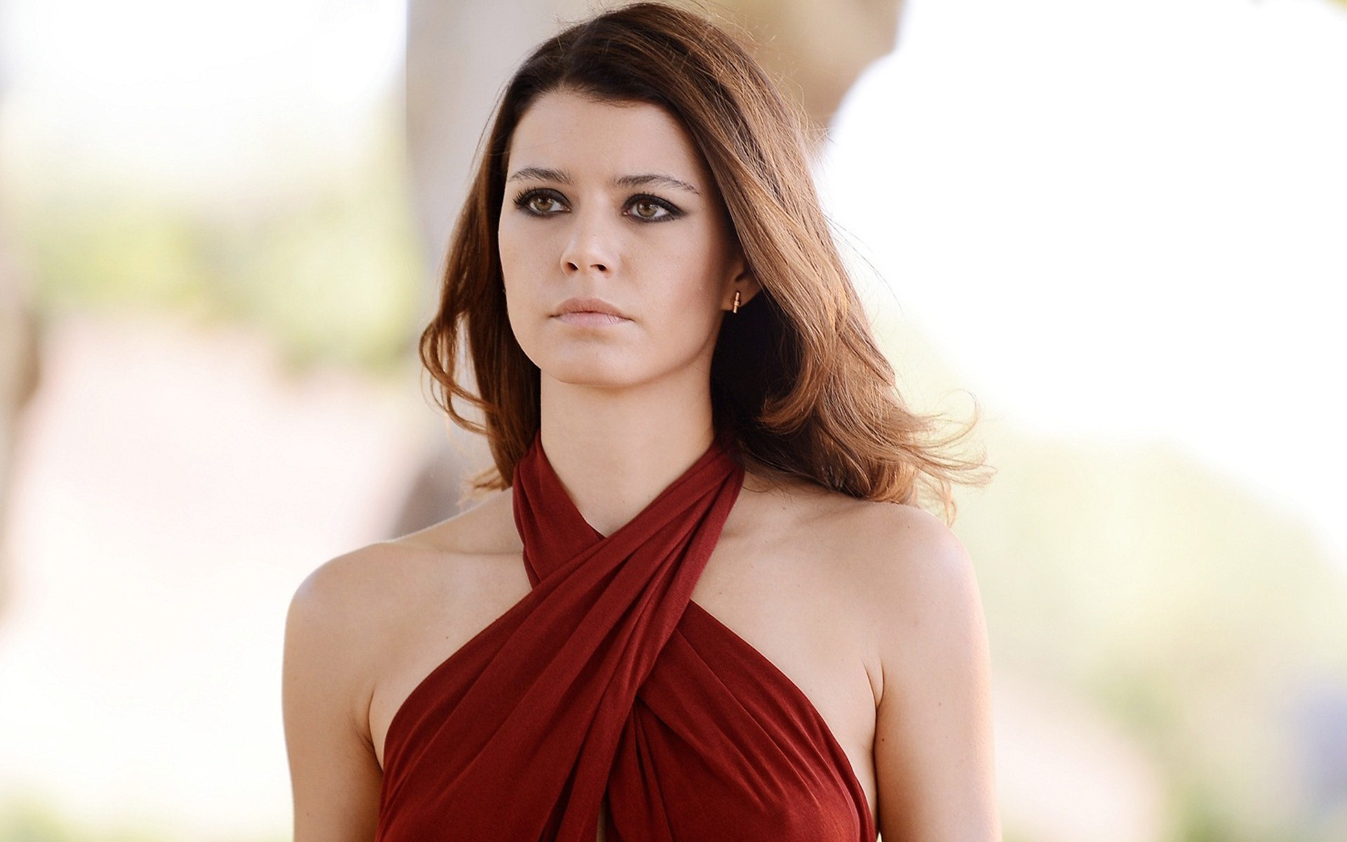 Beren Saat HD Wallpaper : HD Wallpapers available in different resolution  and sizes for our computer