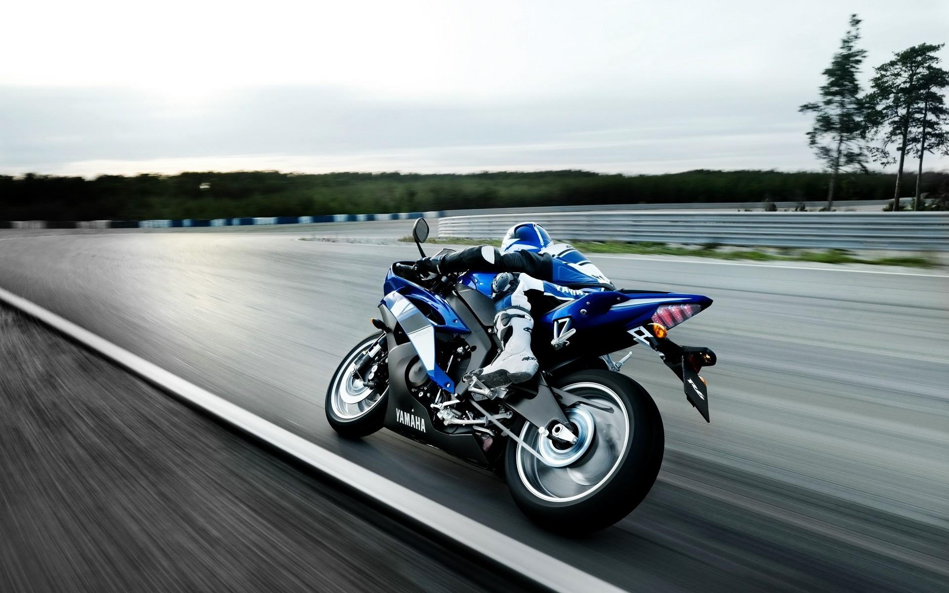 Yamaha R6 Wallpaper Background