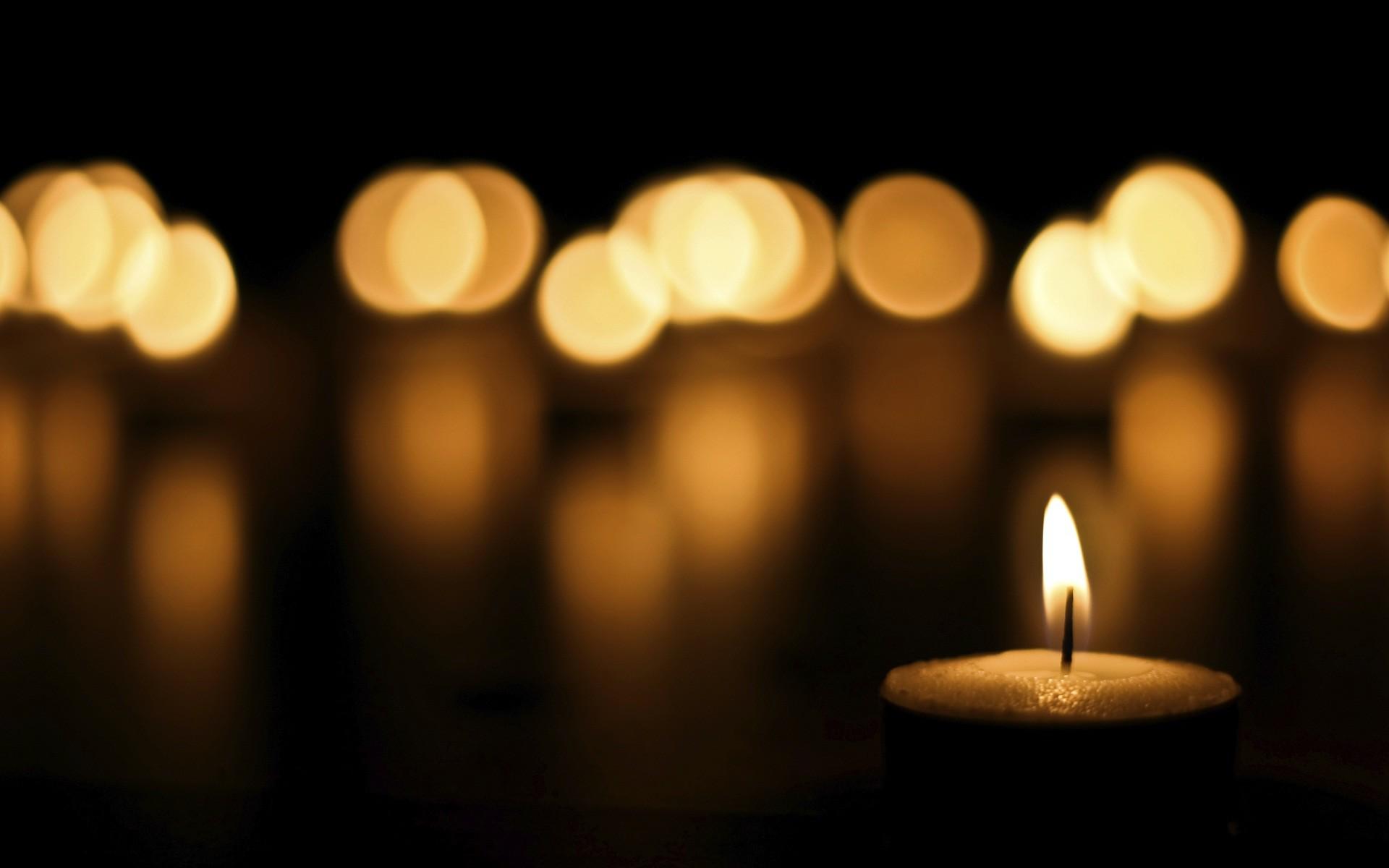 Candle light shine desktop background