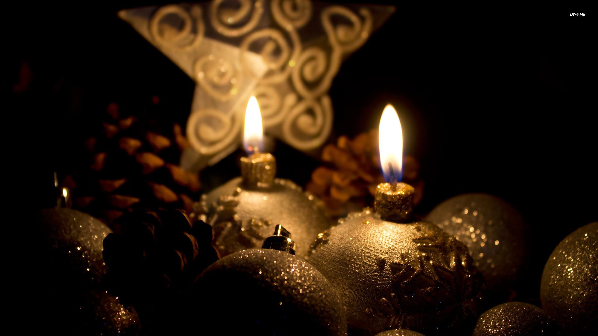 Golden Christmas candles wallpaper