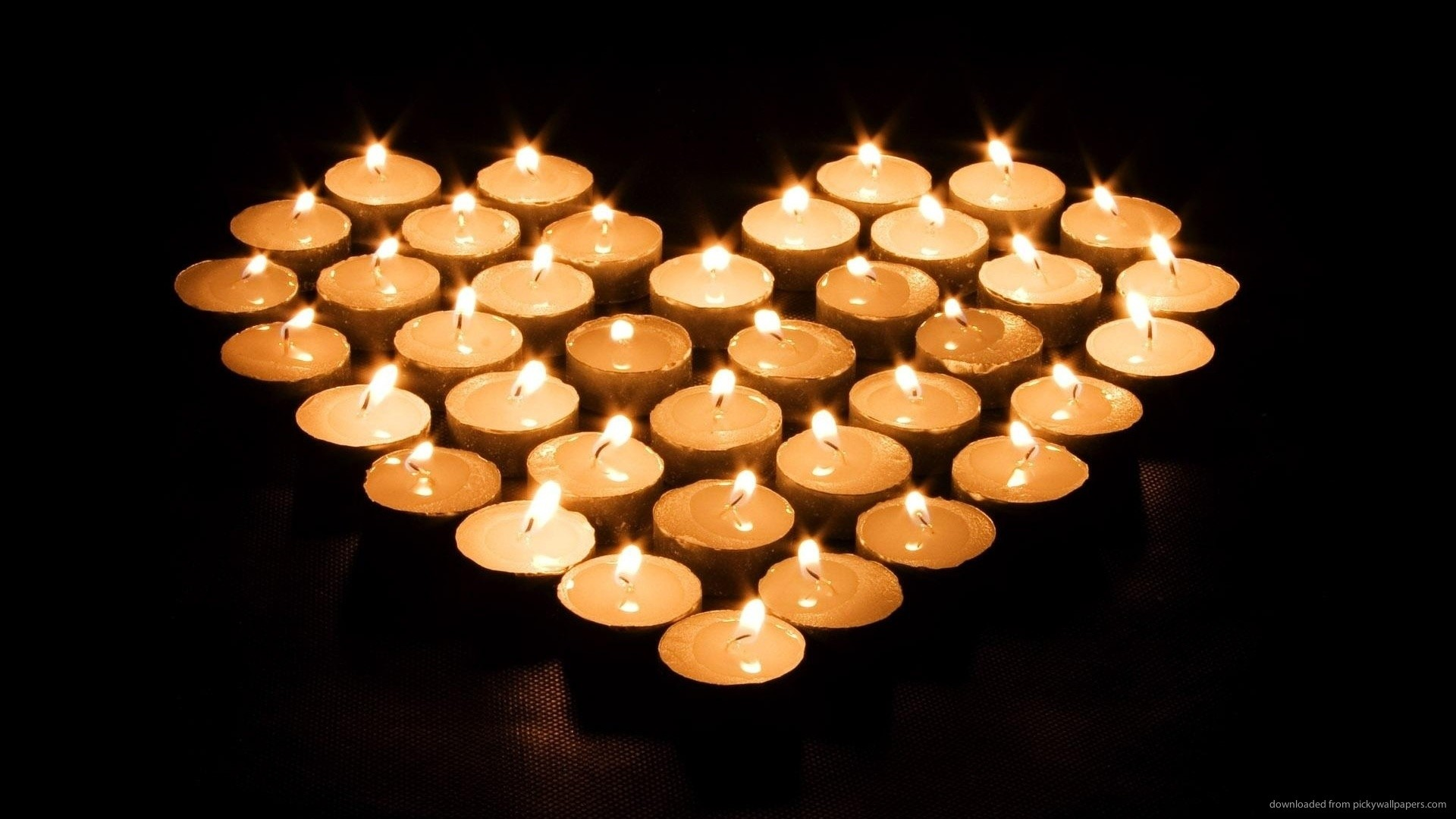 Candle Light Heart picture